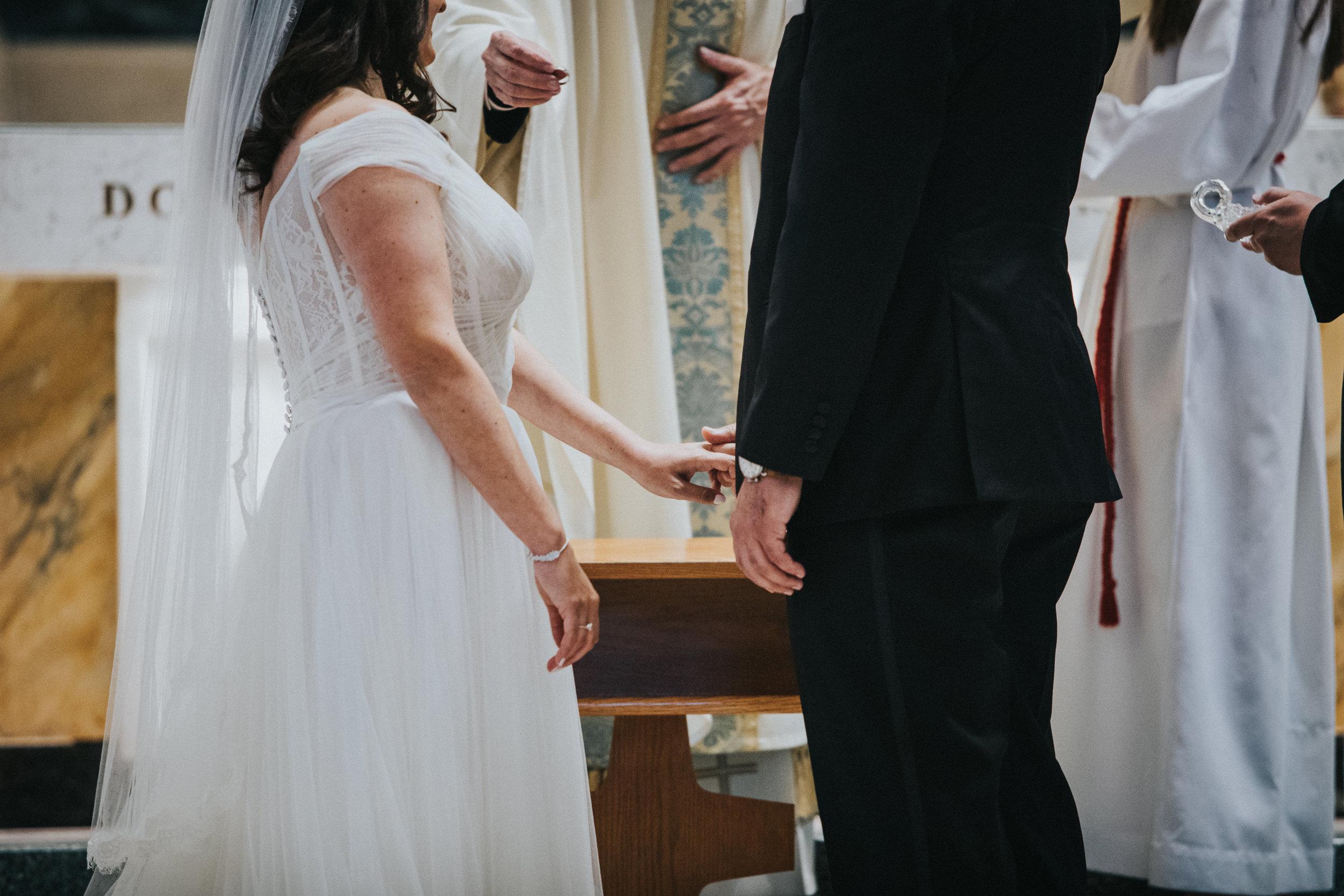 JennaLynnPhotography-NJWeddingPhotographer-Philadelphia-Wedding-ArtsBallroom-Ceremony-109.jpg