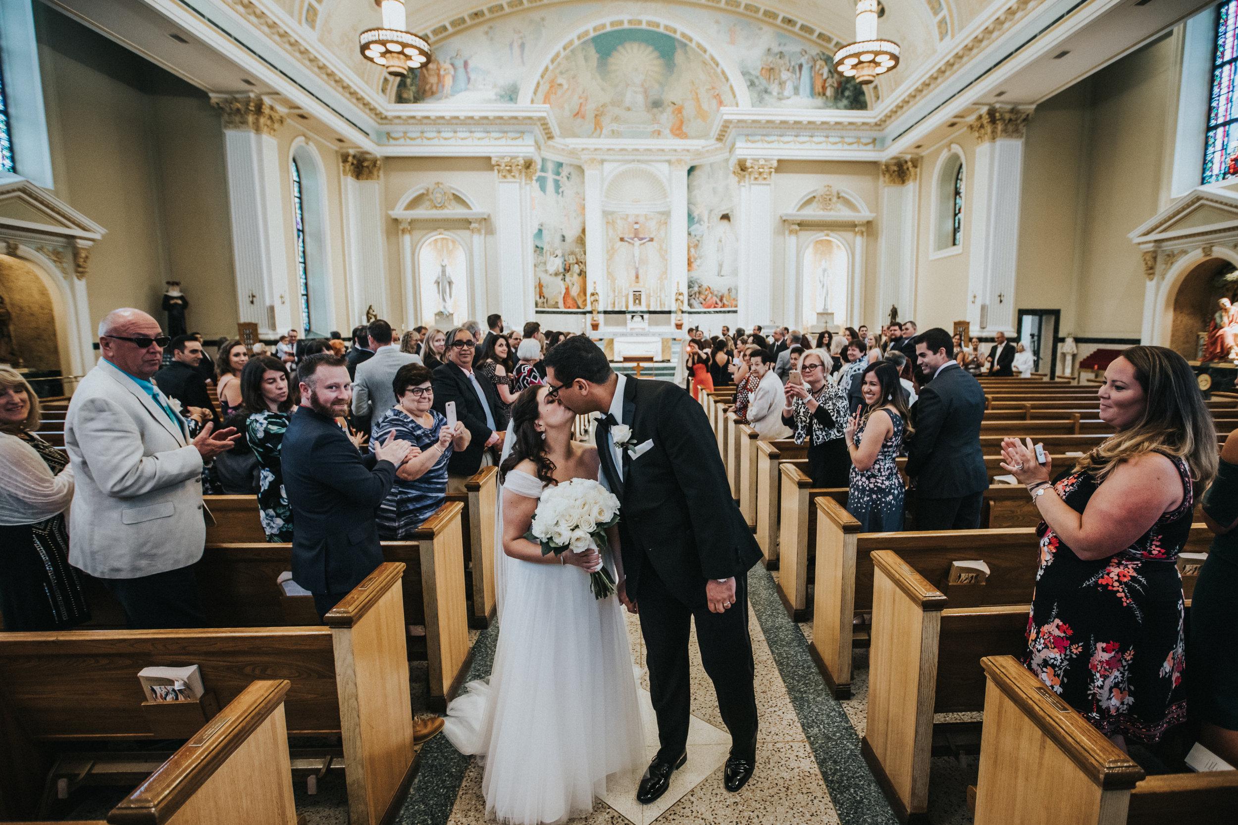 JennaLynnPhotography-NJWeddingPhotographer-Philadelphia-Wedding-ArtsBallroom-Ceremony-128.jpg