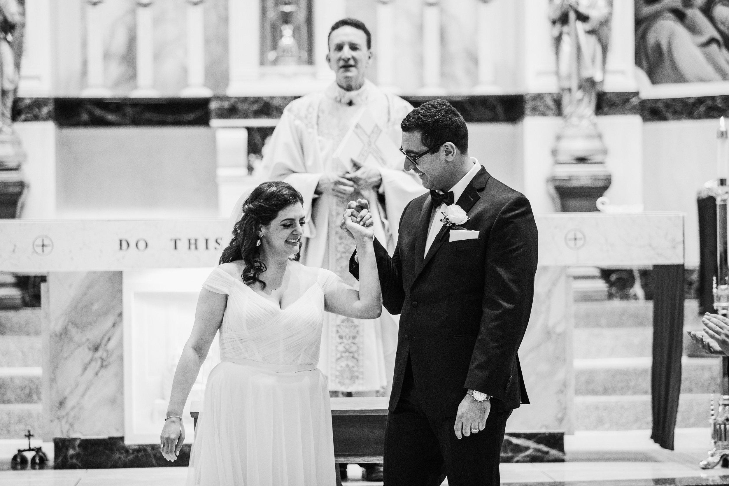 JennaLynnPhotography-NJWeddingPhotographer-Philadelphia-Wedding-ArtsBallroom-CeremonyBW-63.jpg