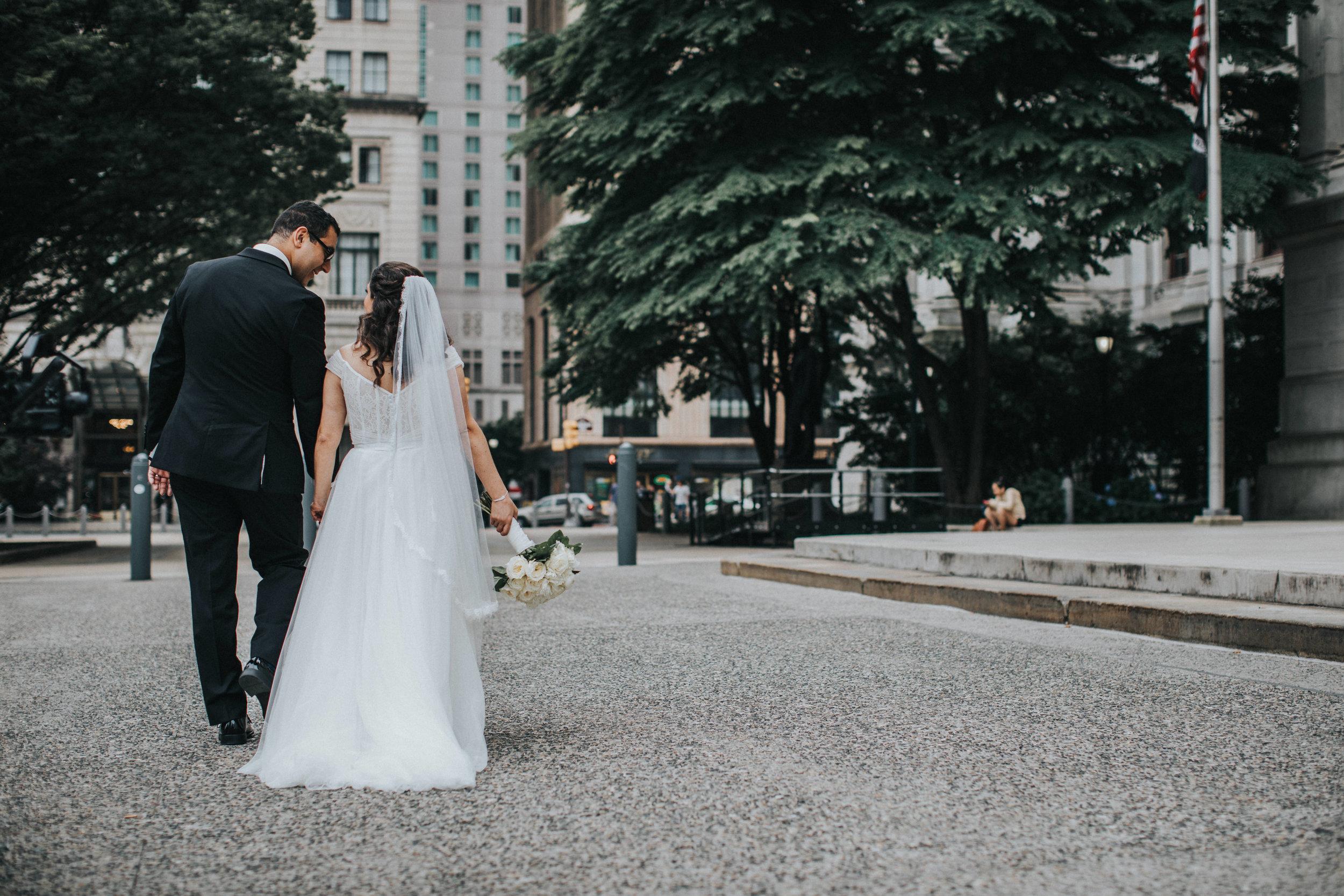 JennaLynnPhotography-NJWeddingPhotographer-Philadelphia-Wedding-ArtsBallroom-BridalParty-19.jpg