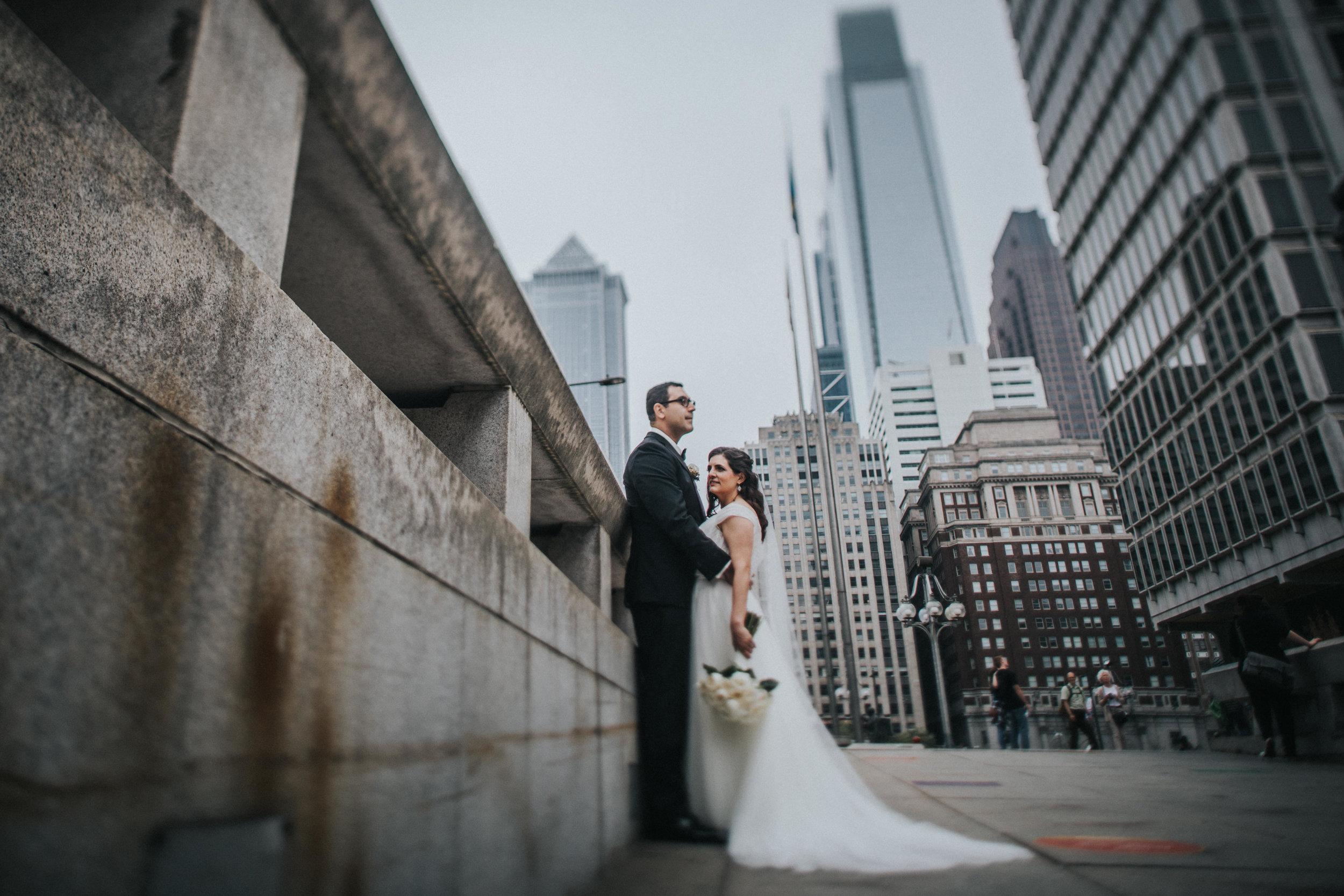 JennaLynnPhotography-NJWeddingPhotographer-Philadelphia-Wedding-ArtsBallroom-BridalParty-35.jpg