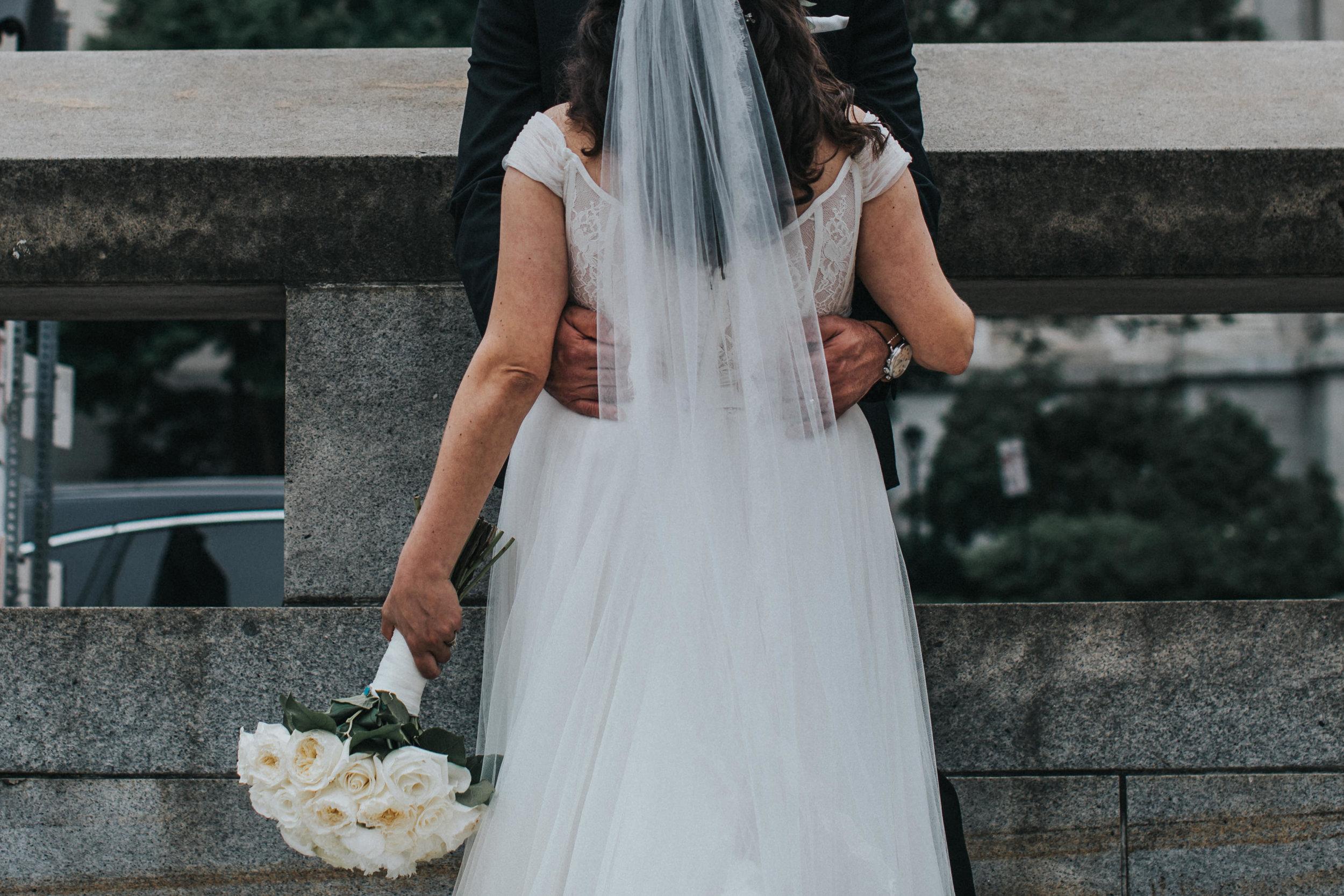 JennaLynnPhotography-NJWeddingPhotographer-Philadelphia-Wedding-ArtsBallroom-BridalParty-36.jpg