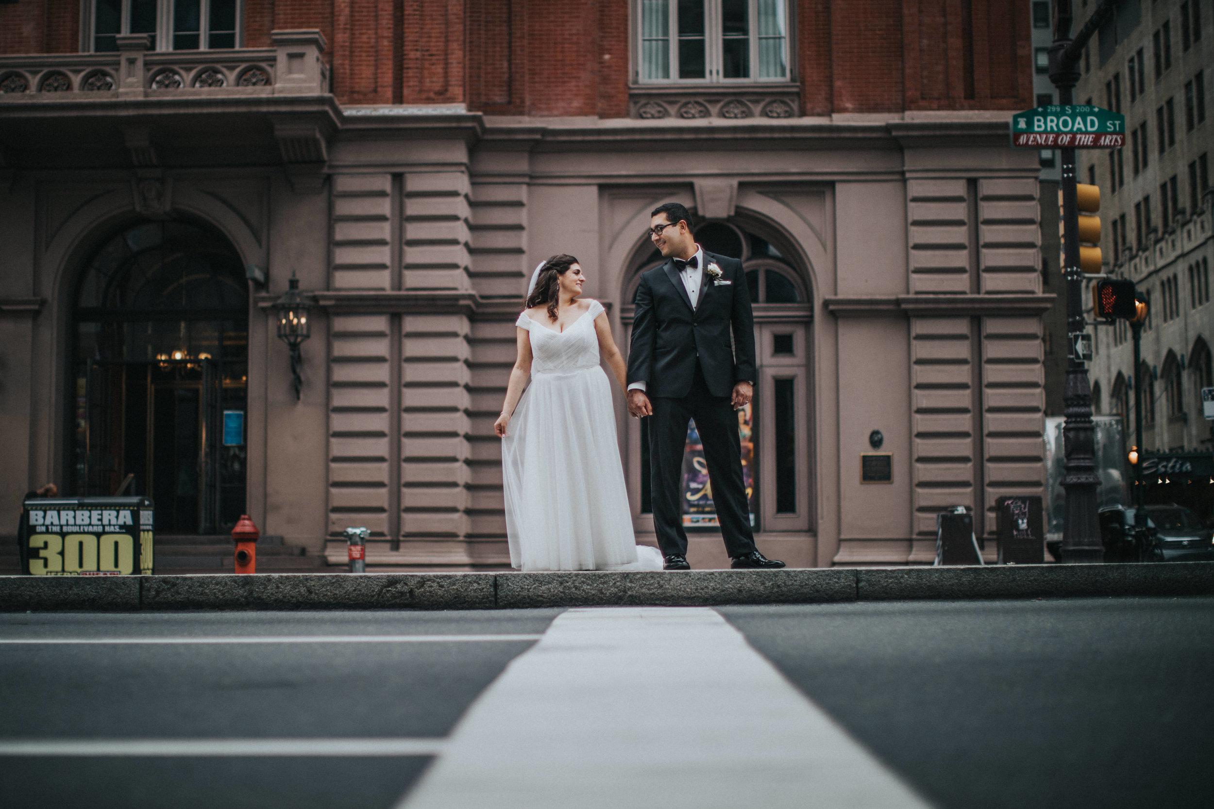 JennaLynnPhotography-NJWeddingPhotographer-Philadelphia-Wedding-ArtsBallroom-BridalParty-77.jpg