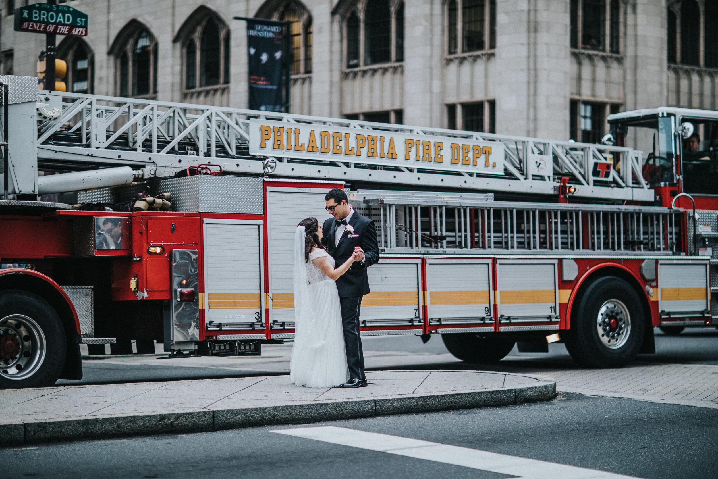 JennaLynnPhotography-NJWeddingPhotographer-Philadelphia-Wedding-ArtsBallroom-BridalParty-91.jpg