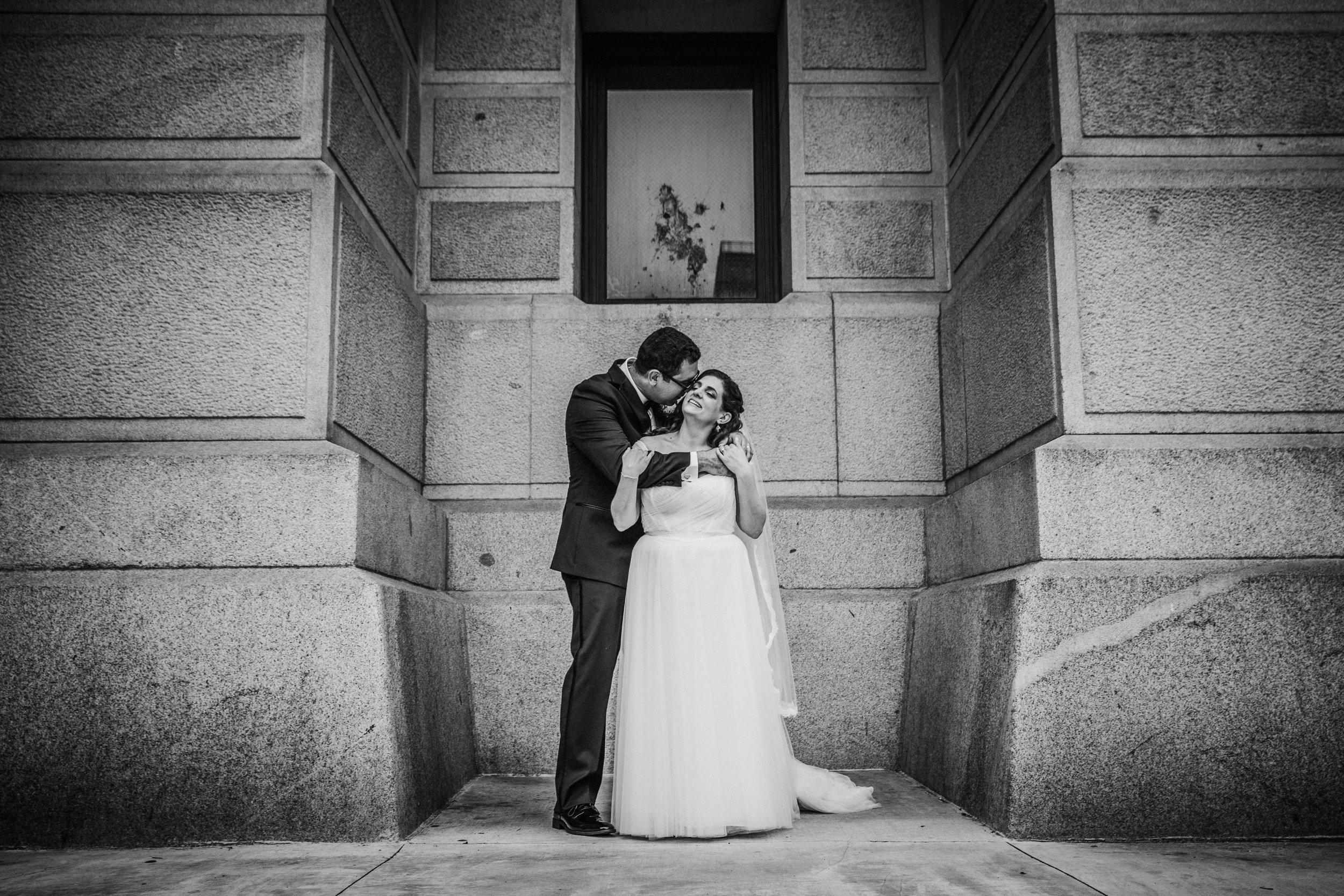 JennaLynnPhotography-NJWeddingPhotographer-Philadelphia-Wedding-ArtsBallroom-Bride&GroomBW-16.jpg