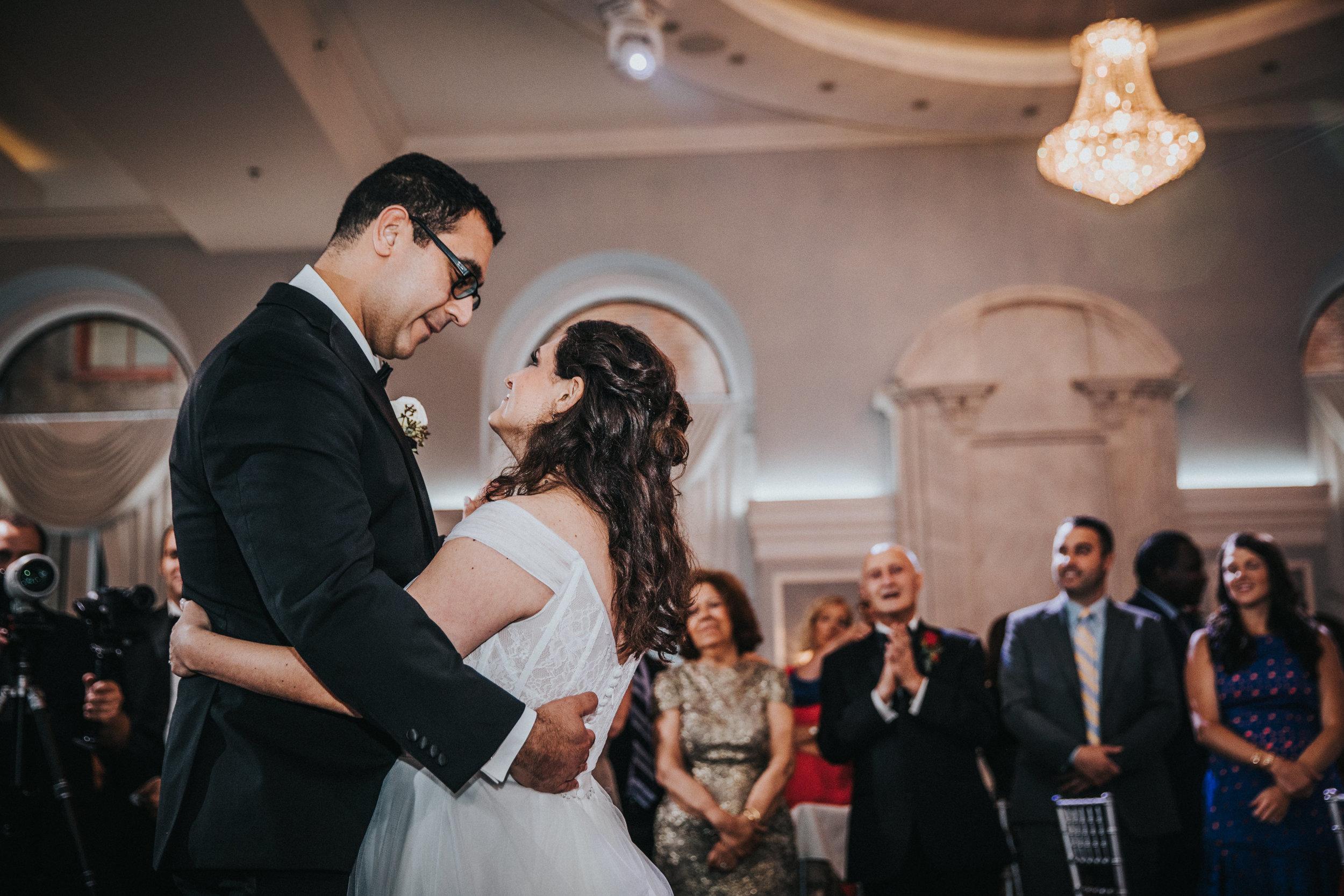 JennaLynnPhotography-NJWeddingPhotographer-Philadelphia-Wedding-ArtsBallroom-Reception-20.jpg