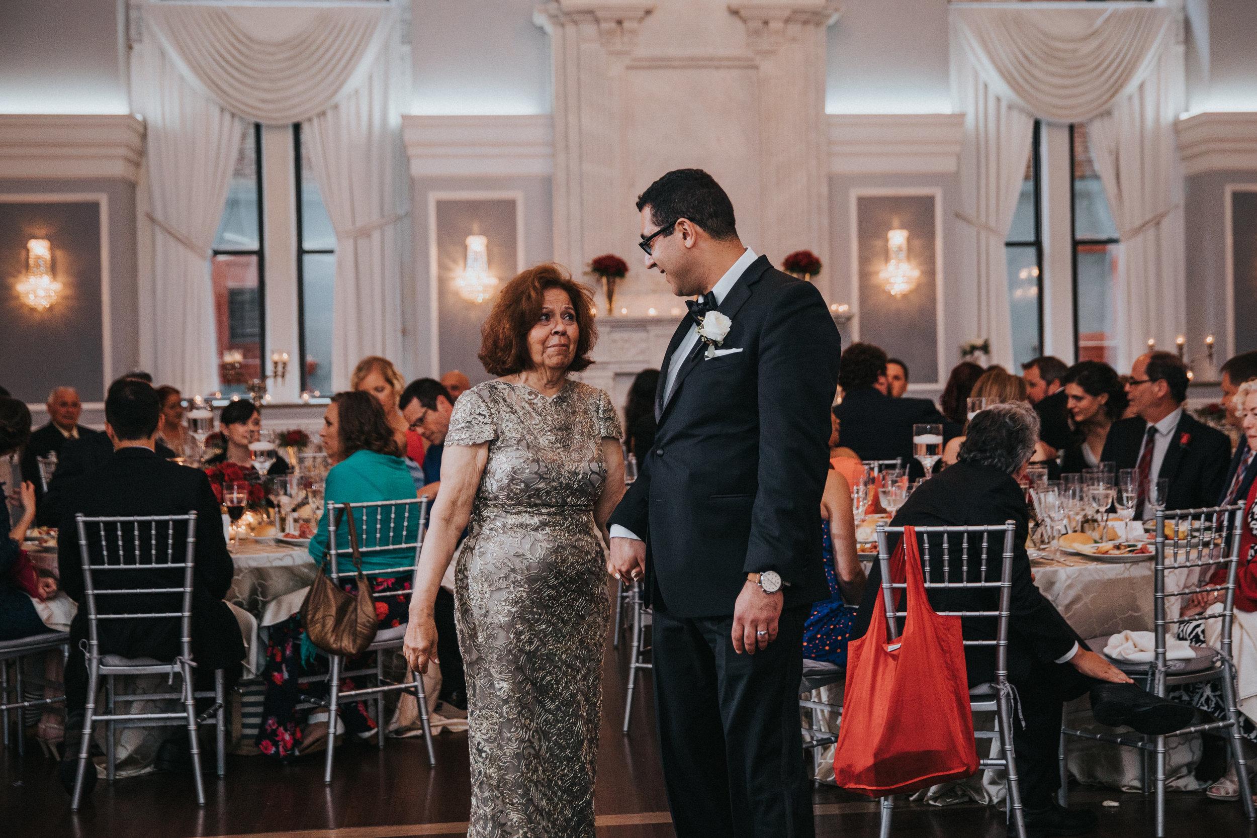 JennaLynnPhotography-NJWeddingPhotographer-Philadelphia-Wedding-ArtsBallroom-Reception-50.jpg