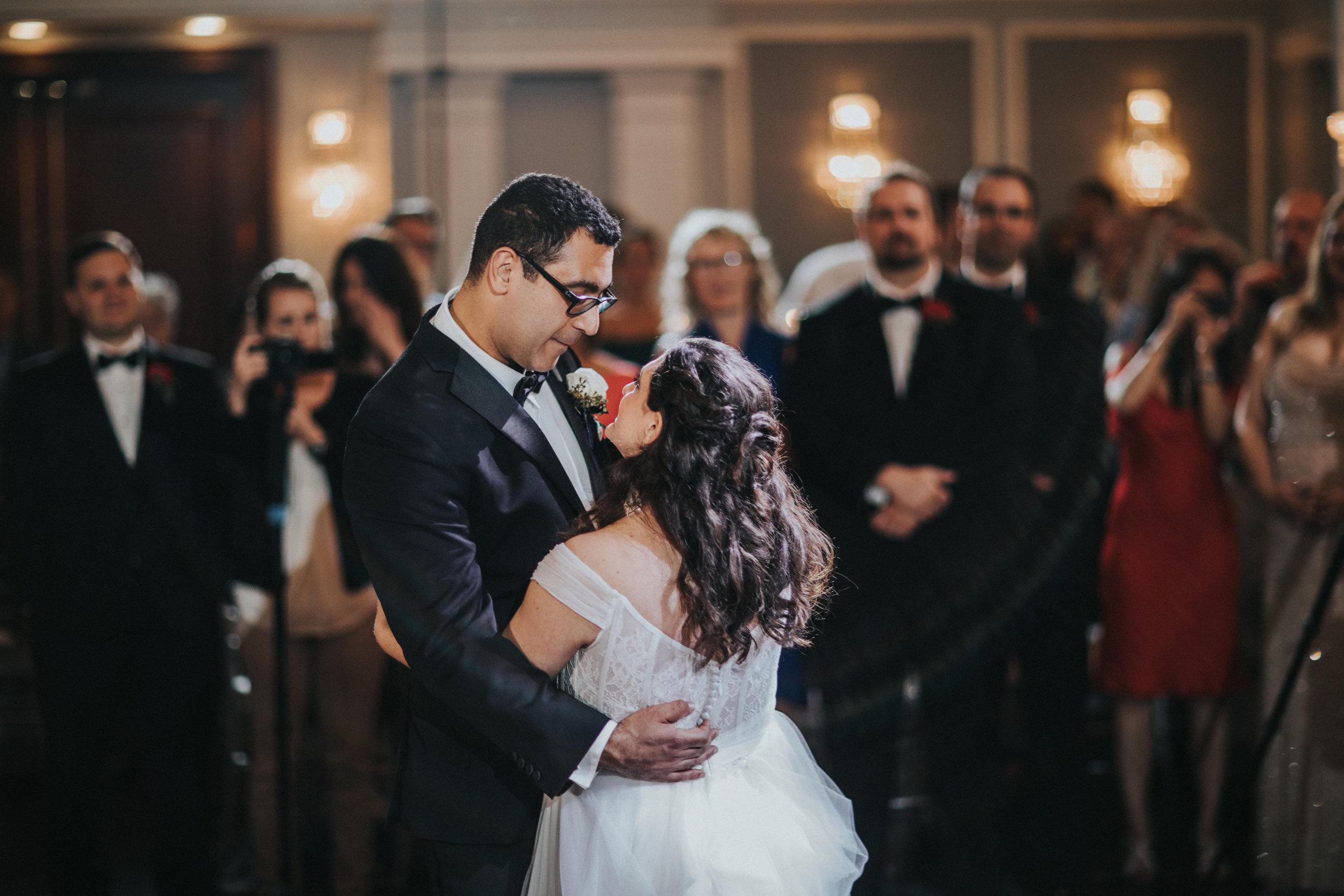 JennaLynnPhotography-NJWeddingPhotographer-Philadelphia-Wedding-ArtsBallroom-Reception-67.jpg
