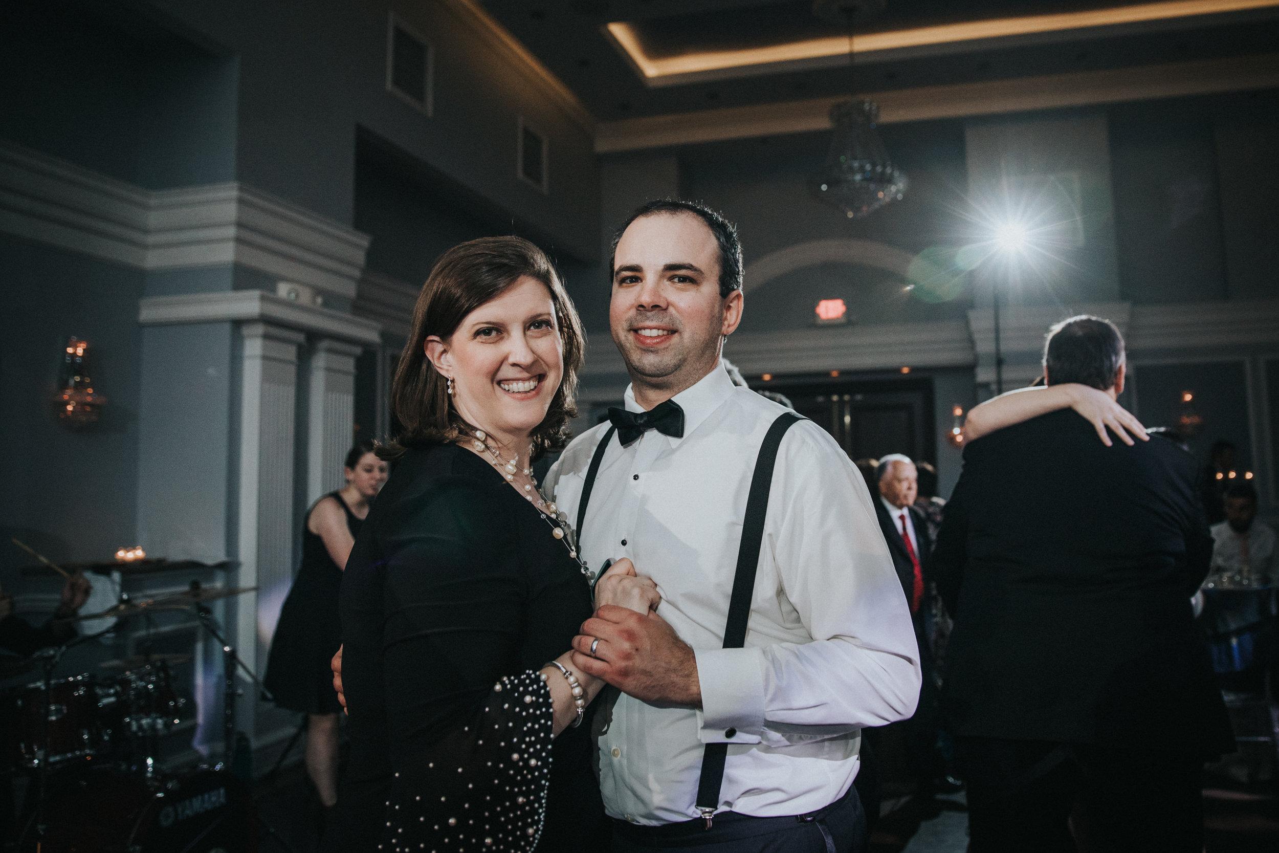 JennaLynnPhotography-NJWeddingPhotographer-Philadelphia-Wedding-ArtsBallroom-Reception-117.jpg