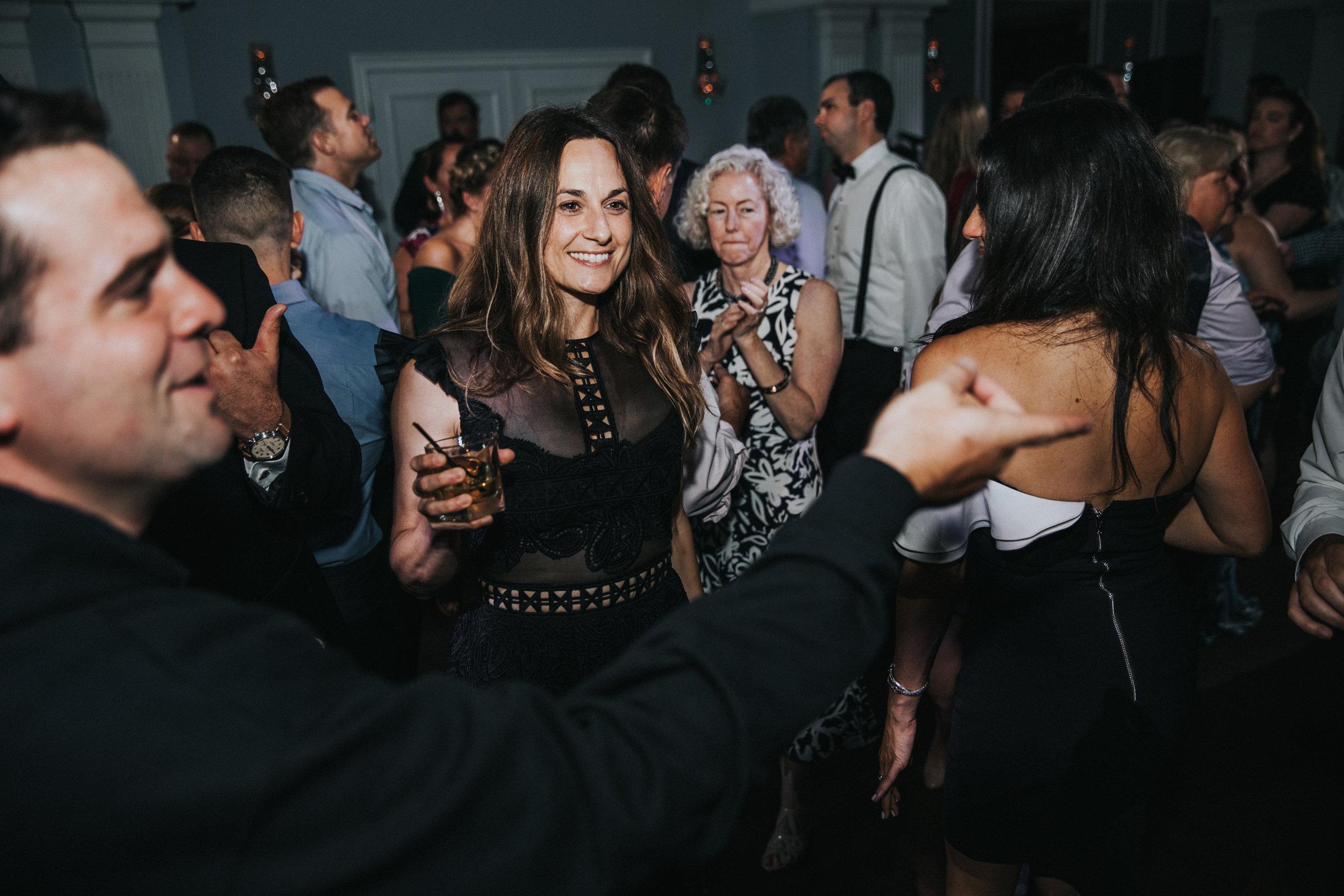 JennaLynnPhotography-NJWeddingPhotographer-Philadelphia-Wedding-ArtsBallroom-Reception-124.jpg