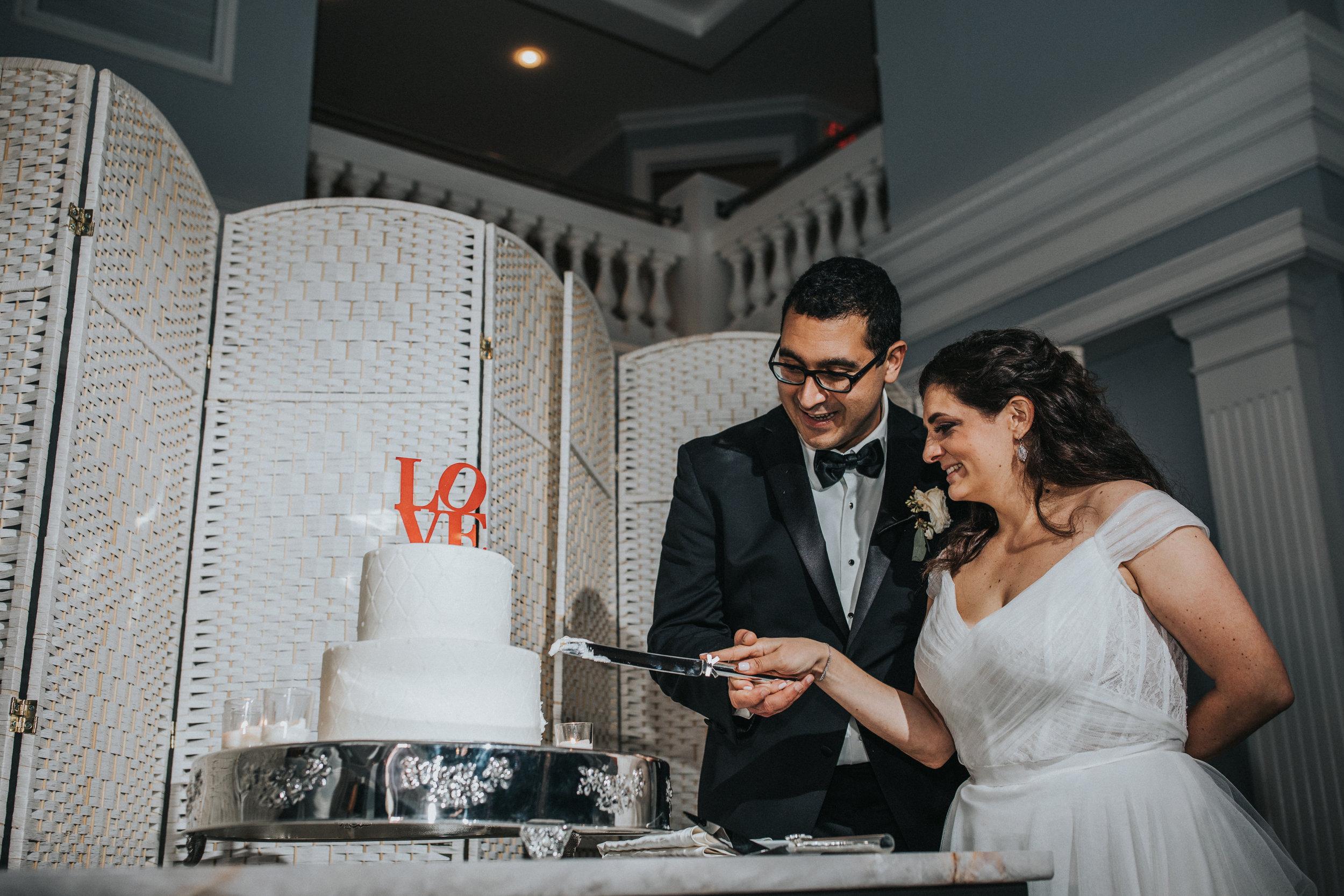 JennaLynnPhotography-NJWeddingPhotographer-Philadelphia-Wedding-ArtsBallroom-Reception-136.jpg
