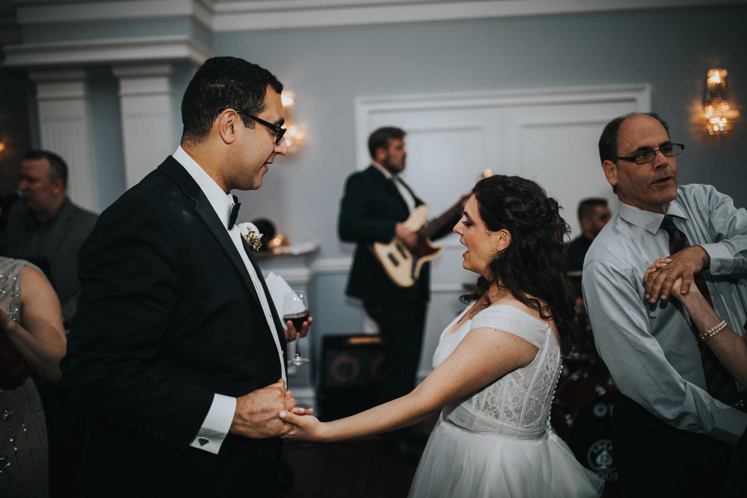 JennaLynnPhotography-NJWeddingPhotographer-Philadelphia-Wedding-ArtsBallroom-Reception-142.jpg