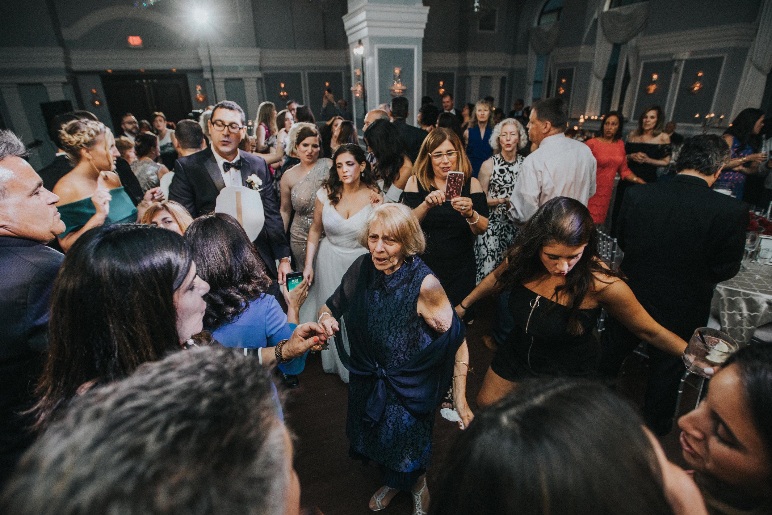 JennaLynnPhotography-NJWeddingPhotographer-Philadelphia-Wedding-ArtsBallroom-Reception-158.jpg