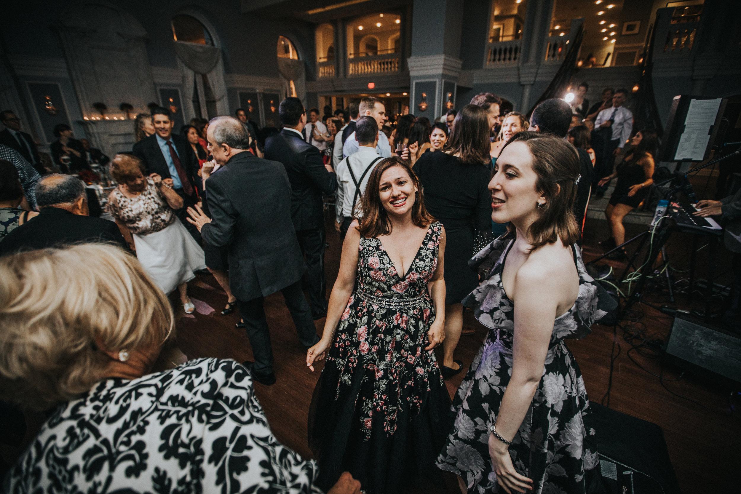 JennaLynnPhotography-NJWeddingPhotographer-Philadelphia-Wedding-ArtsBallroom-Reception-155.jpg