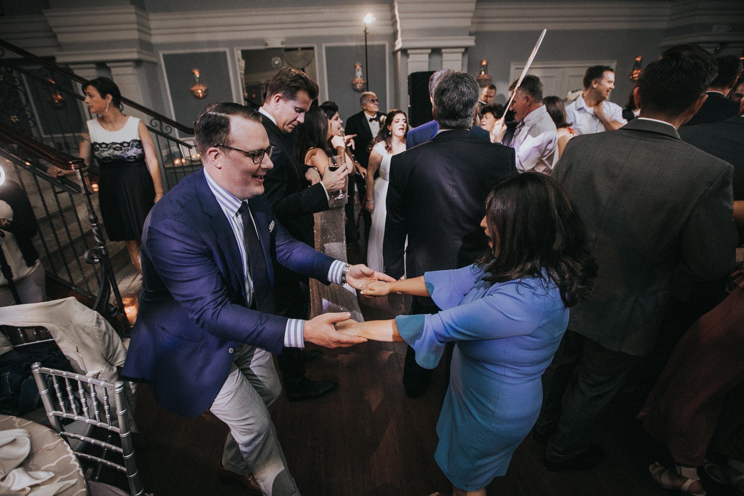 JennaLynnPhotography-NJWeddingPhotographer-Philadelphia-Wedding-ArtsBallroom-Reception-166.jpg
