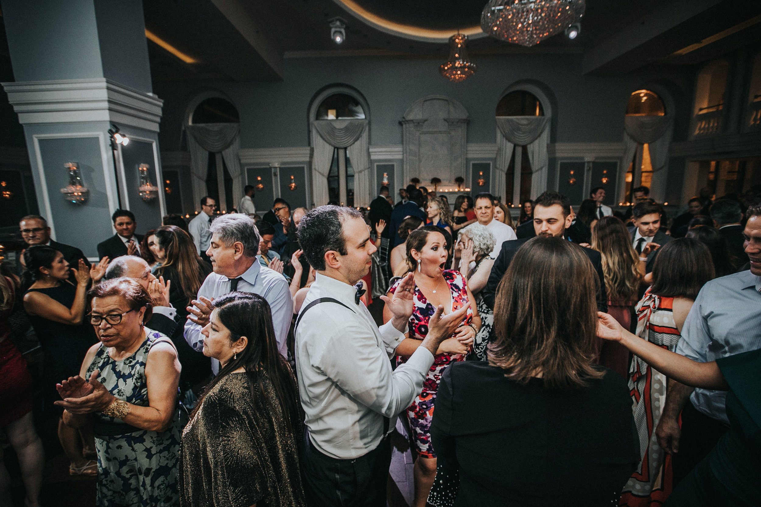 JennaLynnPhotography-NJWeddingPhotographer-Philadelphia-Wedding-ArtsBallroom-Reception-171.jpg