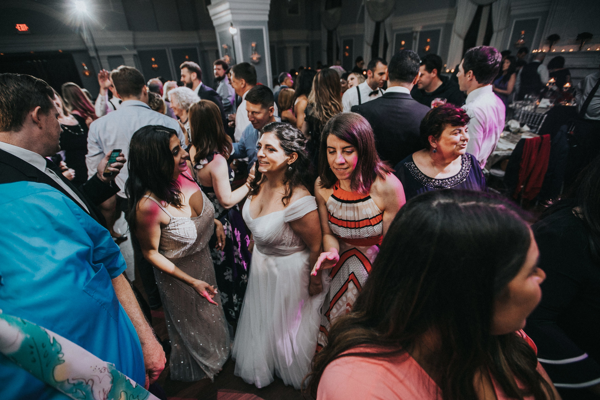 JennaLynnPhotography-NJWeddingPhotographer-Philadelphia-Wedding-ArtsBallroom-Reception-181.jpg