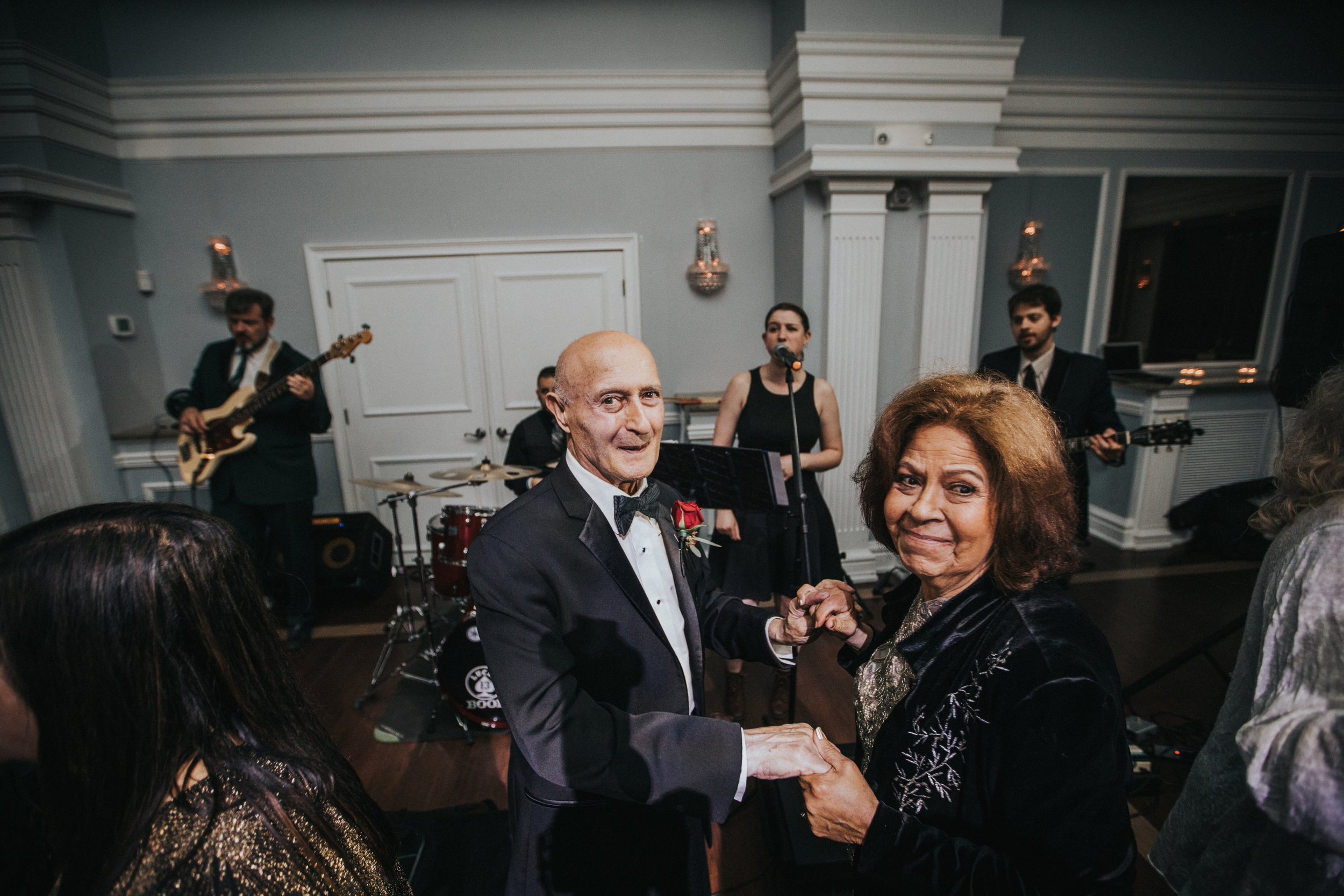 JennaLynnPhotography-NJWeddingPhotographer-Philadelphia-Wedding-ArtsBallroom-Reception-164.jpg