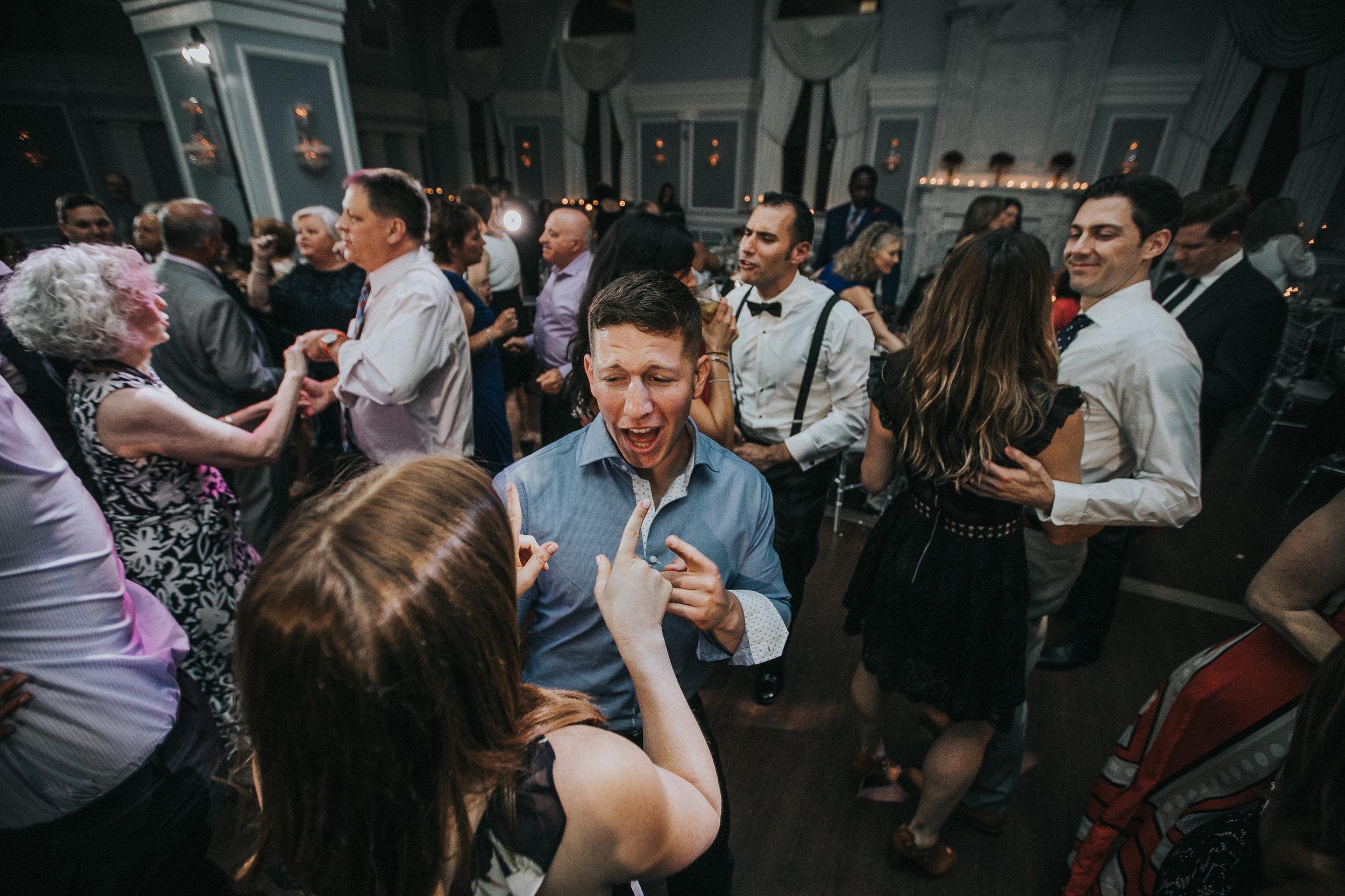 JennaLynnPhotography-NJWeddingPhotographer-Philadelphia-Wedding-ArtsBallroom-Reception-184.jpg