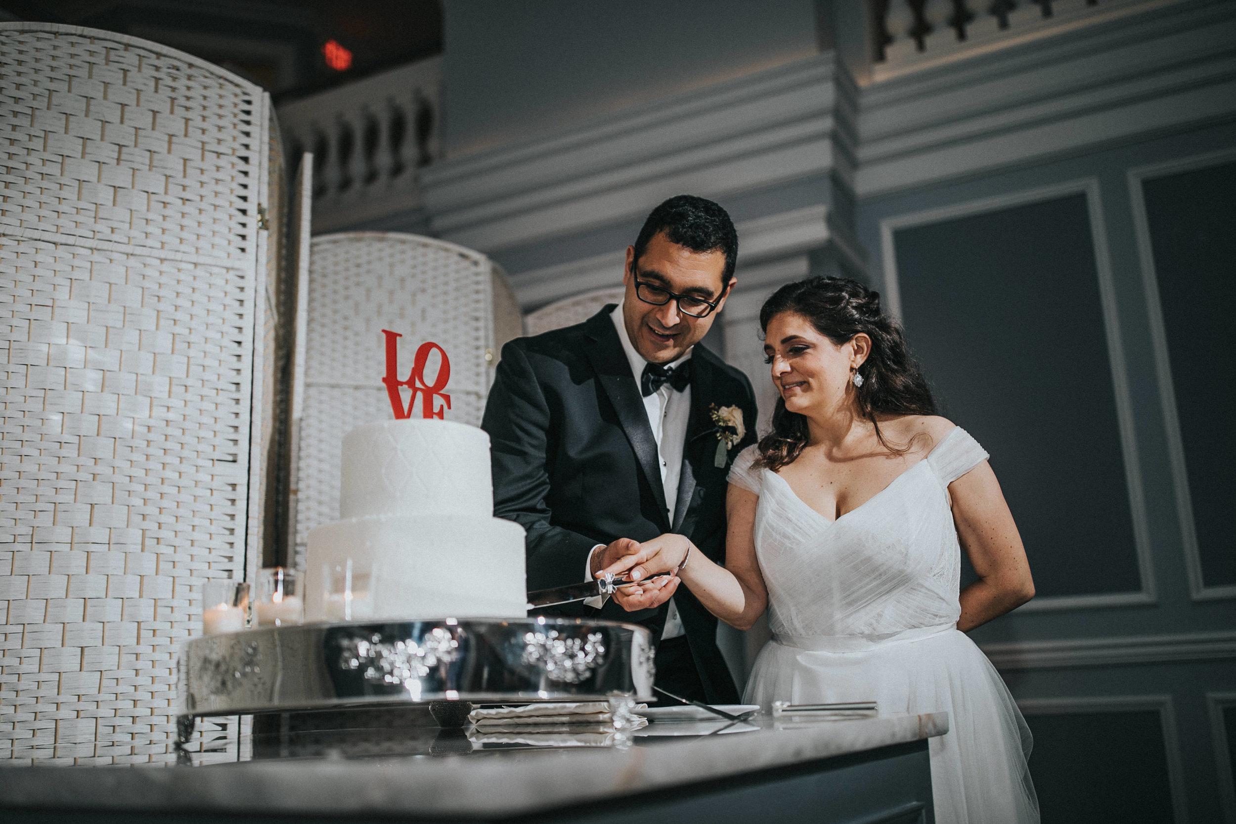 JennaLynnPhotography-NJWeddingPhotographer-Philadelphia-Wedding-ArtsBallroom-Reception-188.jpg