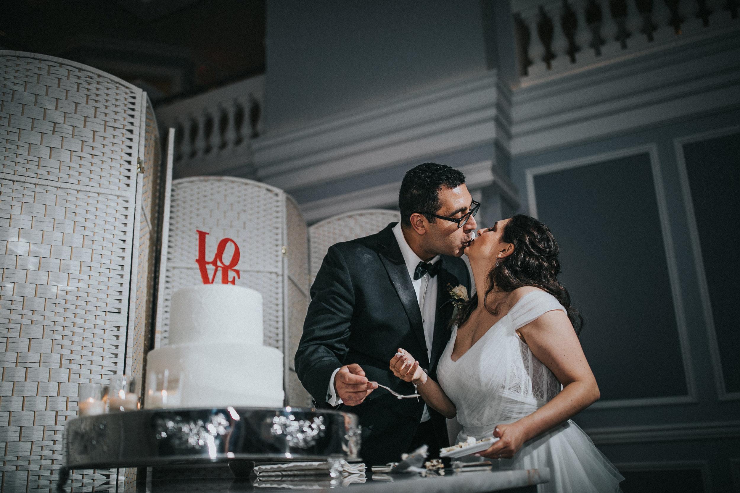 JennaLynnPhotography-NJWeddingPhotographer-Philadelphia-Wedding-ArtsBallroom-Reception-193.jpg
