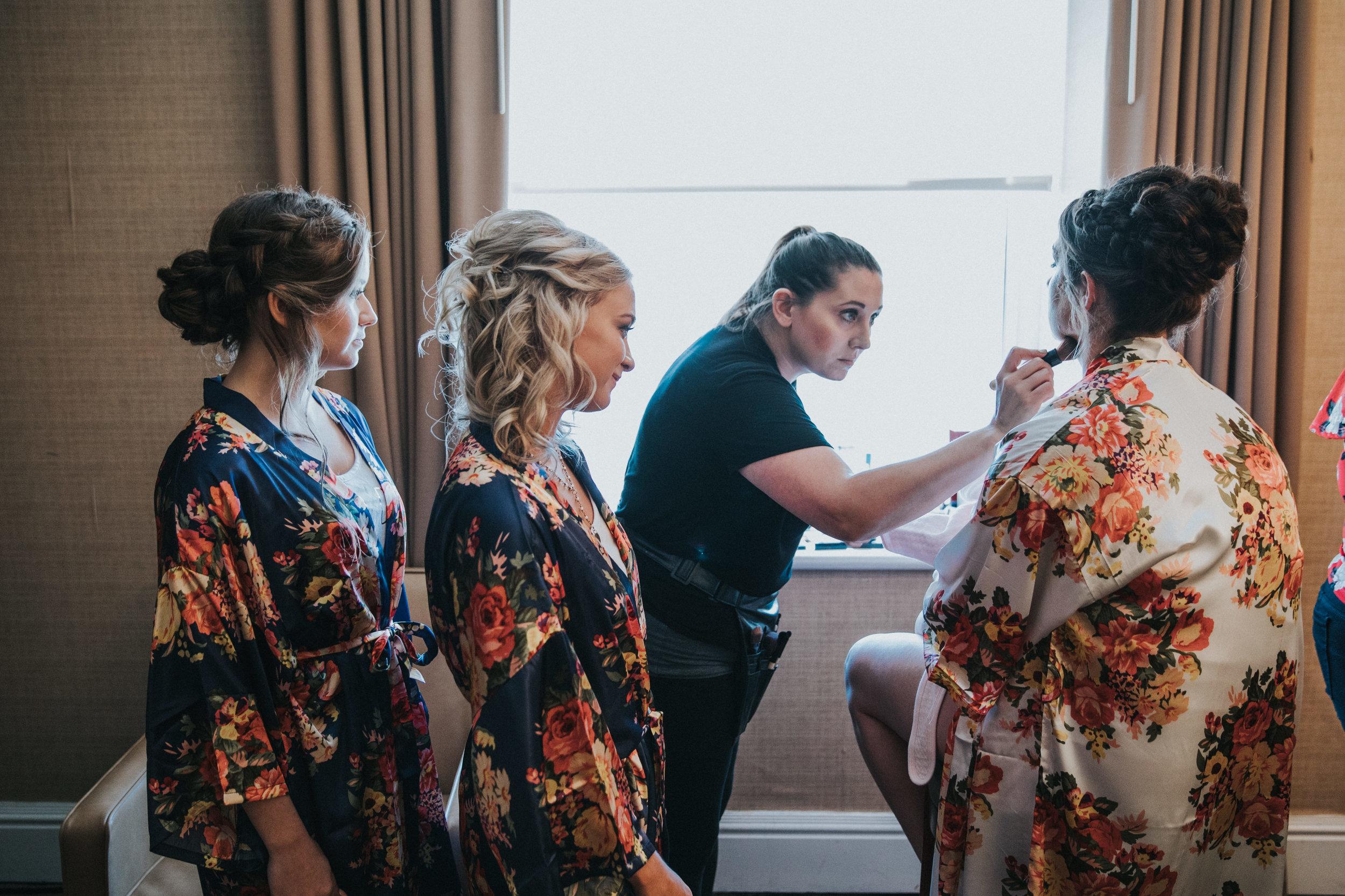 JennaLynnPhotography-NJWeddingPhotographer-Wedding-TheBerkeley-AsburyPark-Allison&Michael-GettingReady-36.jpg
