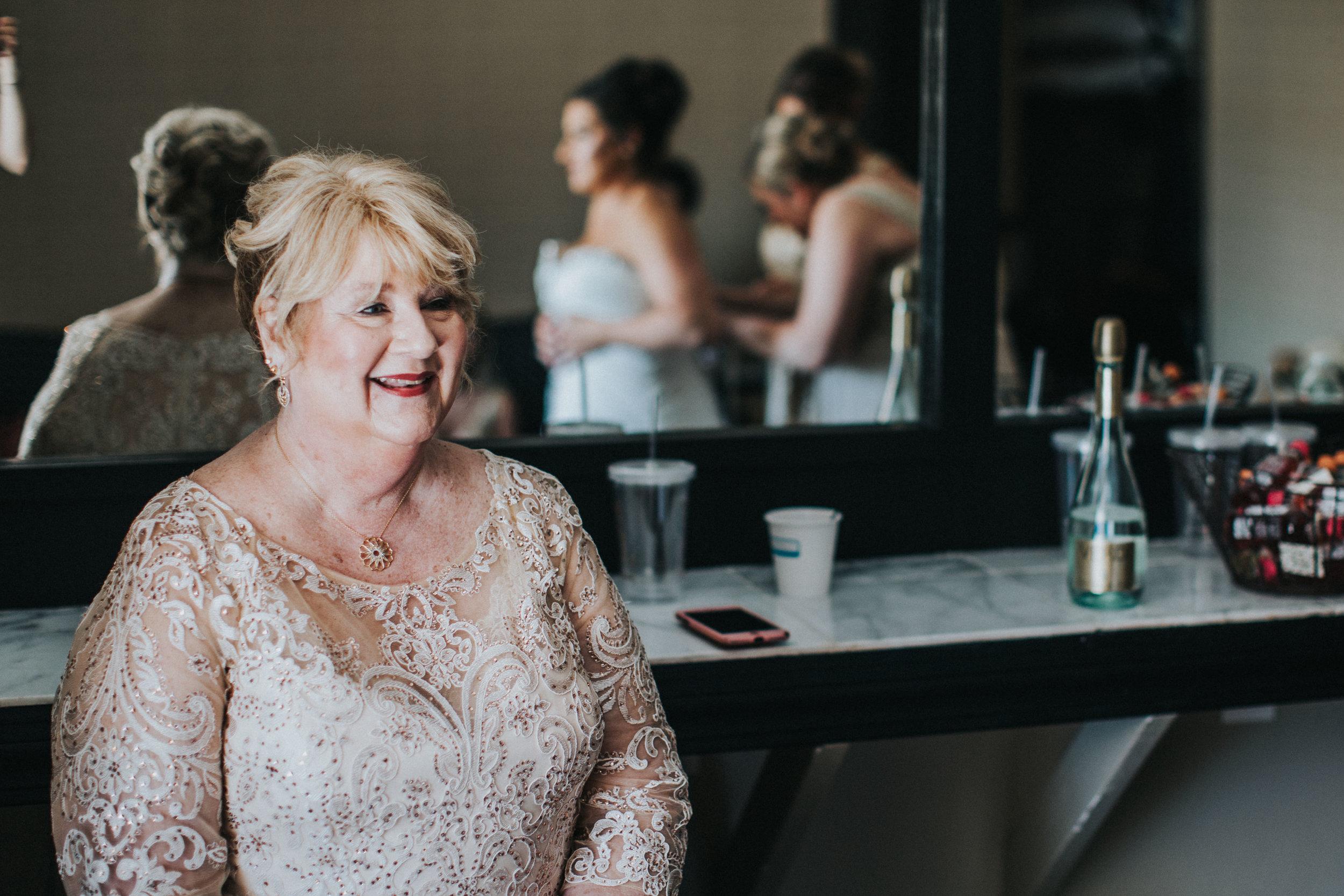 JennaLynnPhotography-NJWeddingPhotographer-Wedding-TheBerkeley-AsburyPark-Allison&Michael-GettingReady-65.jpg
