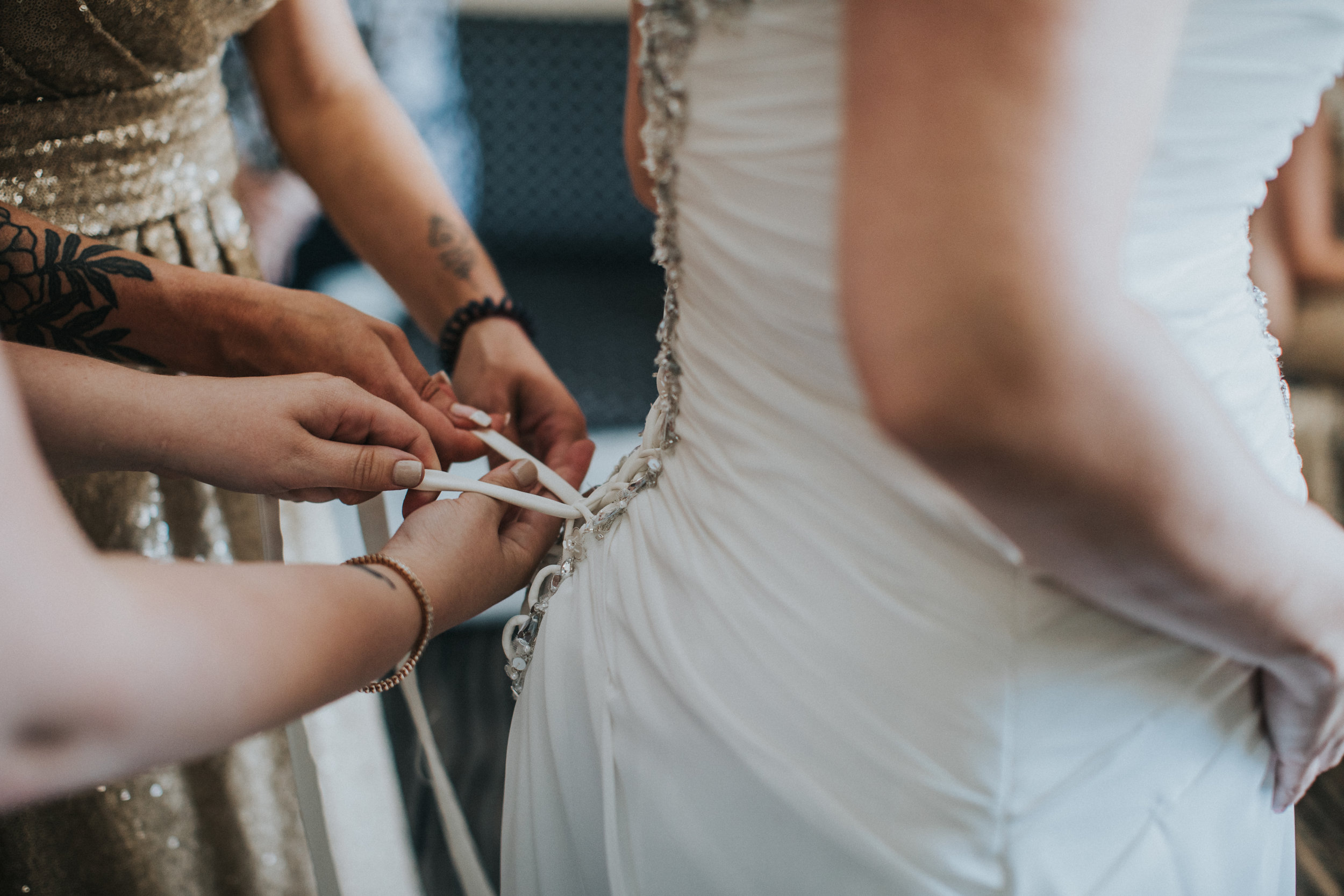 JennaLynnPhotography-NJWeddingPhotographer-Wedding-TheBerkeley-AsburyPark-Allison&Michael-GettingReady-74.jpg