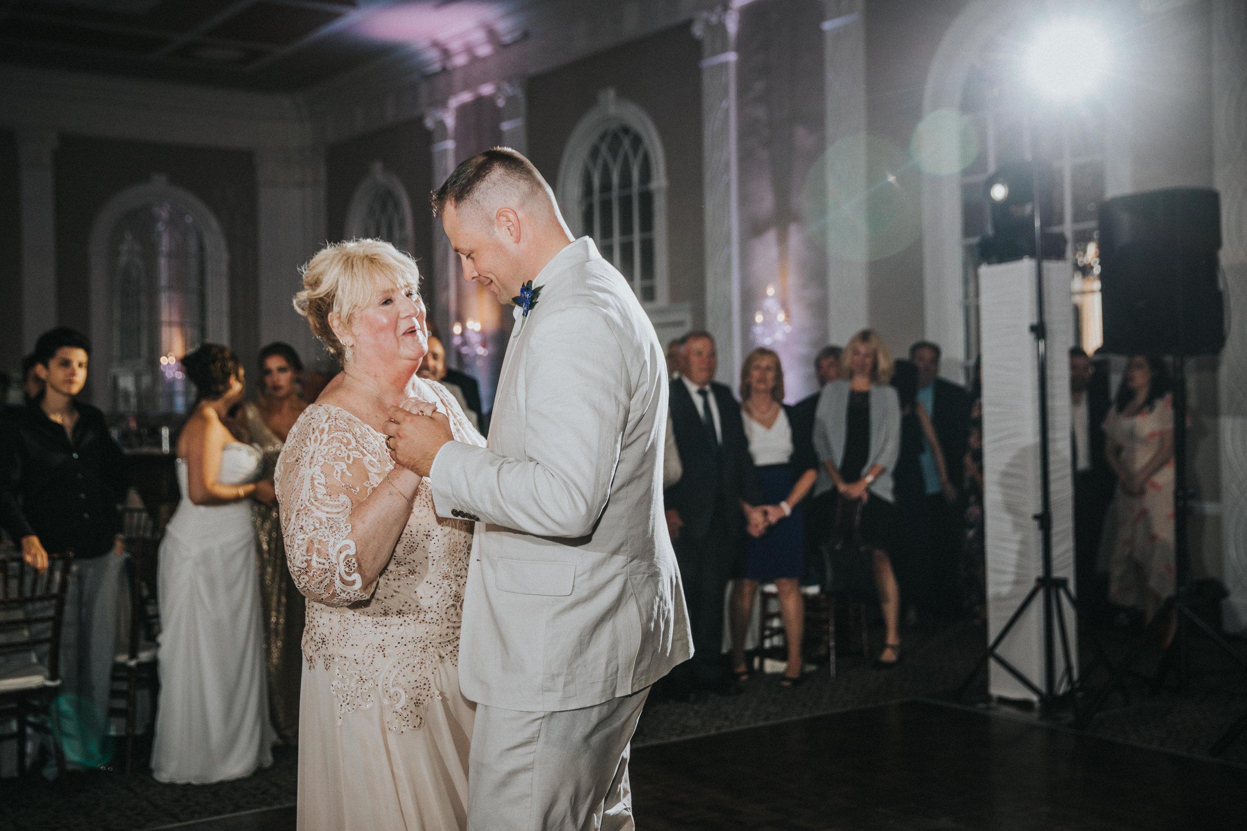 JennaLynnPhotography-NJWeddingPhotographer-Wedding-TheBerkeley-AsburyPark-Allison&Michael-Reception-42.jpg