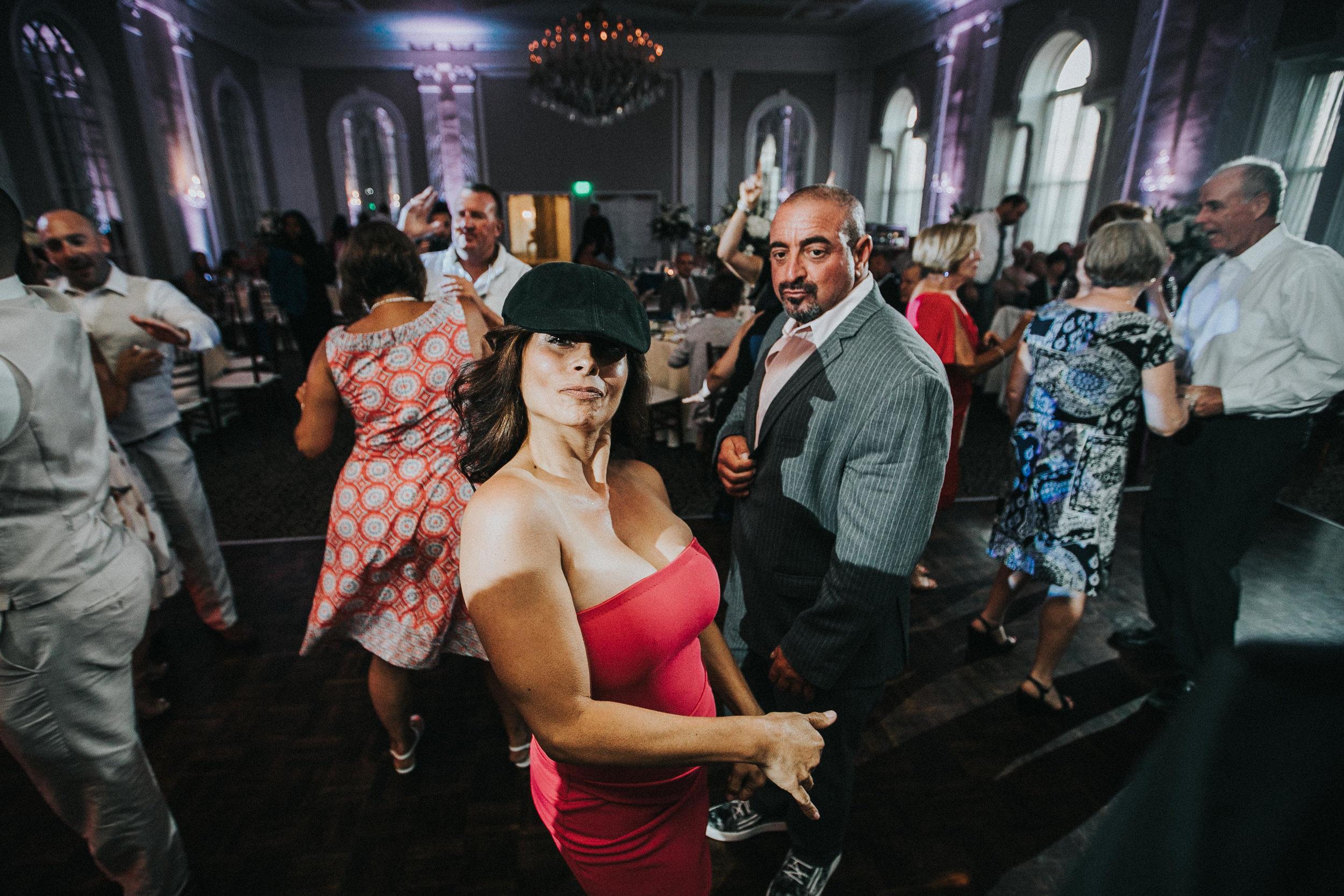 JennaLynnPhotography-NJWeddingPhotographer-Wedding-TheBerkeley-AsburyPark-Allison&Michael-Reception-109.jpg