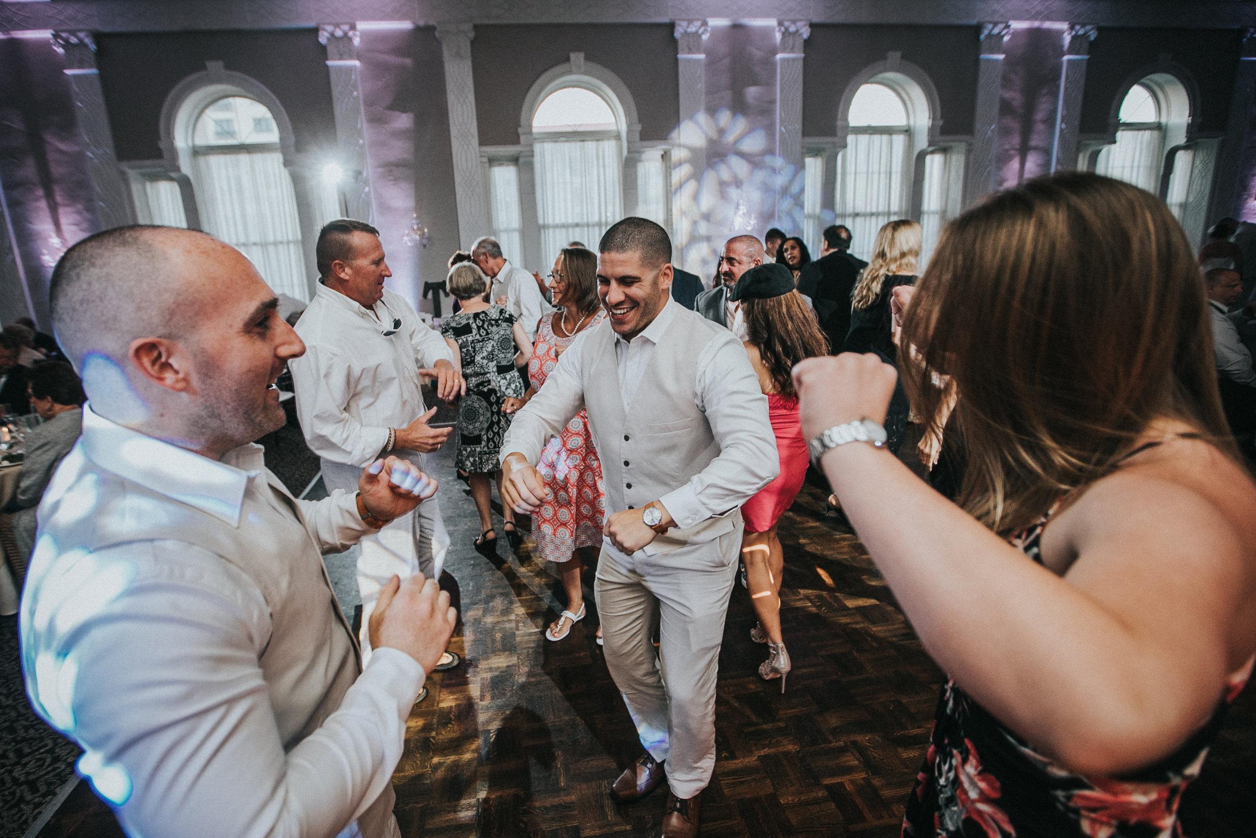 JennaLynnPhotography-NJWeddingPhotographer-Wedding-TheBerkeley-AsburyPark-Allison&Michael-Reception-111.jpg