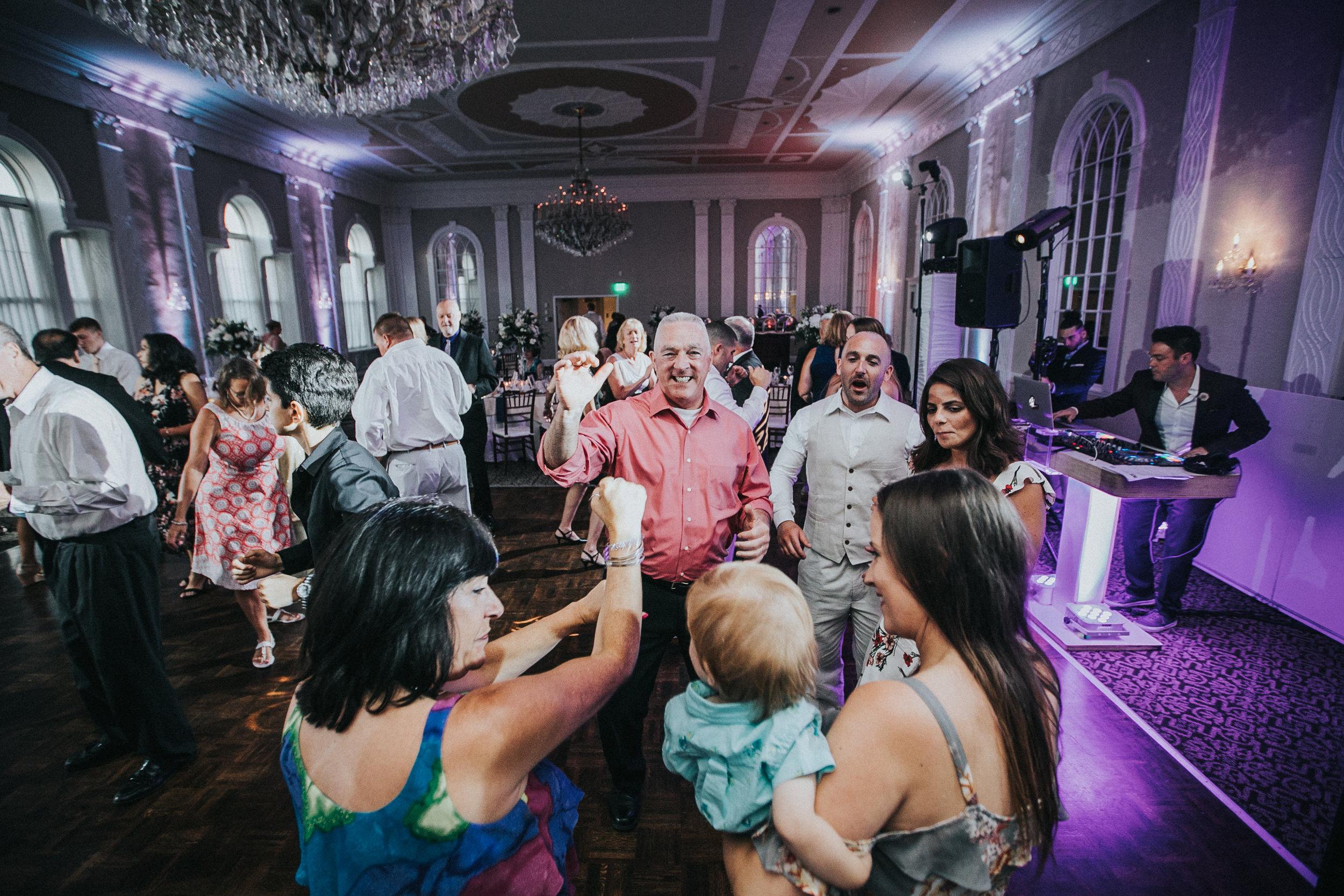 JennaLynnPhotography-NJWeddingPhotographer-Wedding-TheBerkeley-AsburyPark-Allison&Michael-Reception-115.jpg