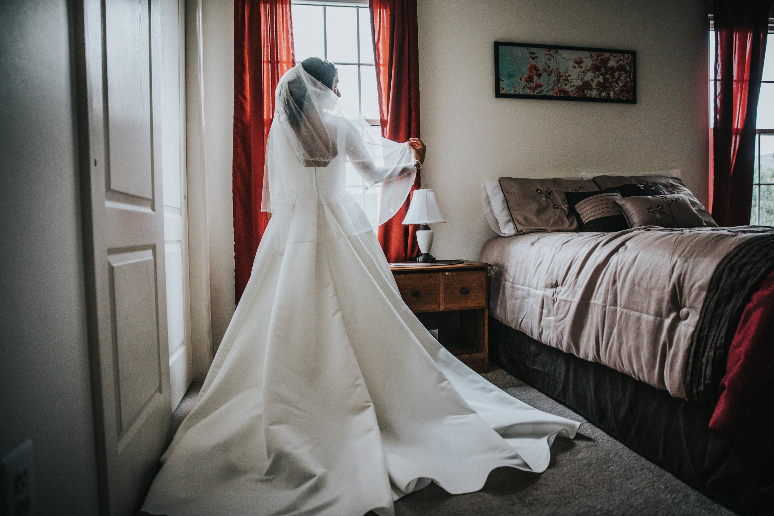 New-Jersey-Wedding-Photographer-Jenna-Lynn-Photography-Wedding-Brigalias-Ashley&Sal-GettingReady-49.jpg