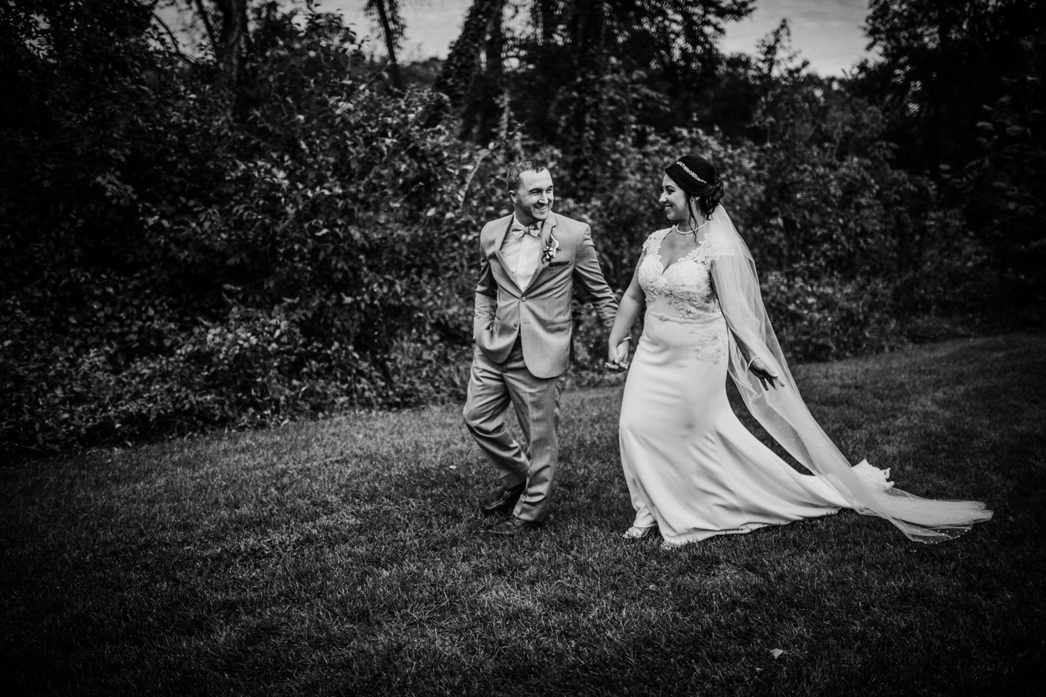 New-Jersey-Photographer-Jenna-Lynn-Photography-Bradford-Estate-ShaynaMike-BrideGroom-23.jpg