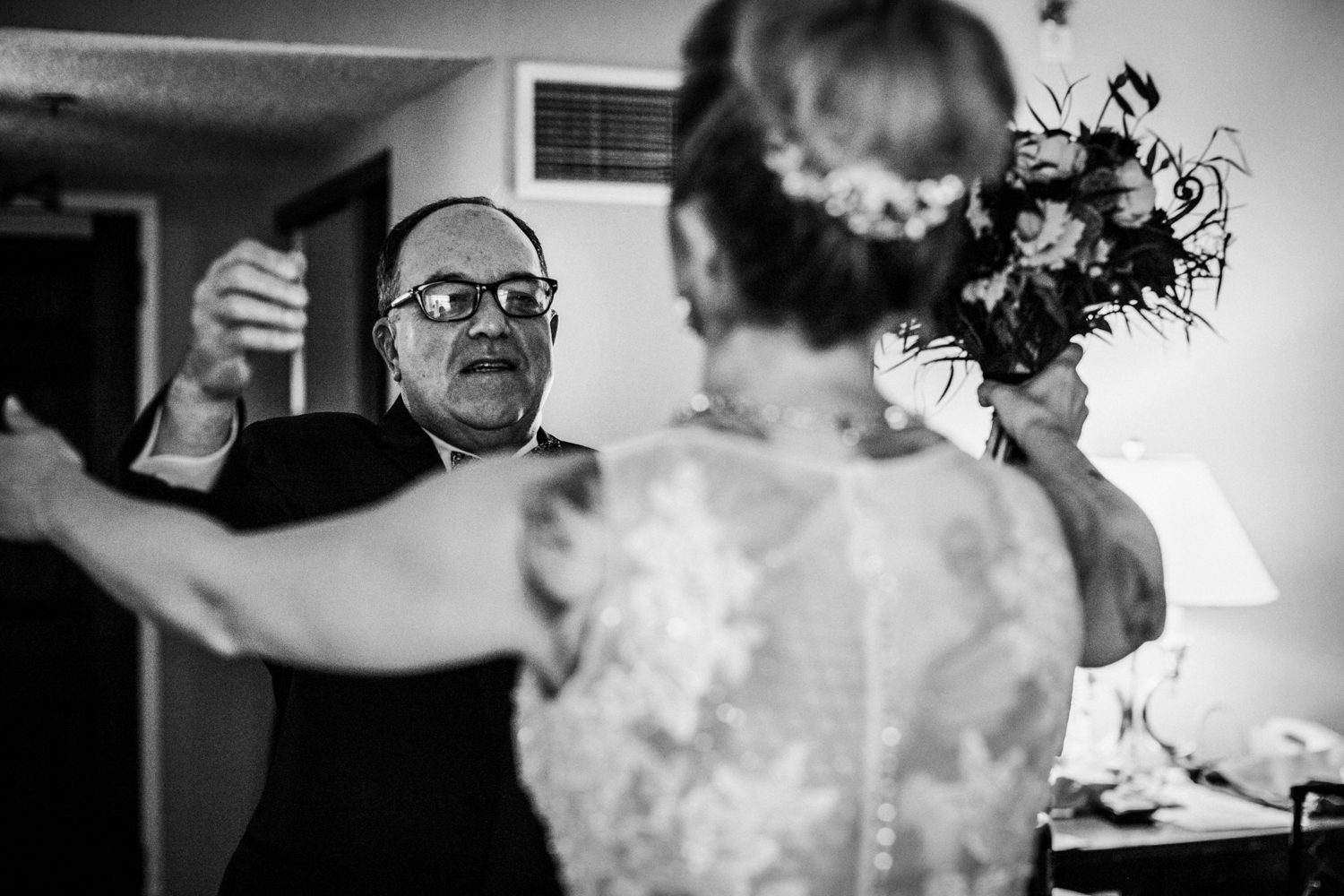 Seaview-Country-Club-Wedding-Jenna-Lynn-Photography-Sam&Kyle-GettingReadyBW-90.jpg