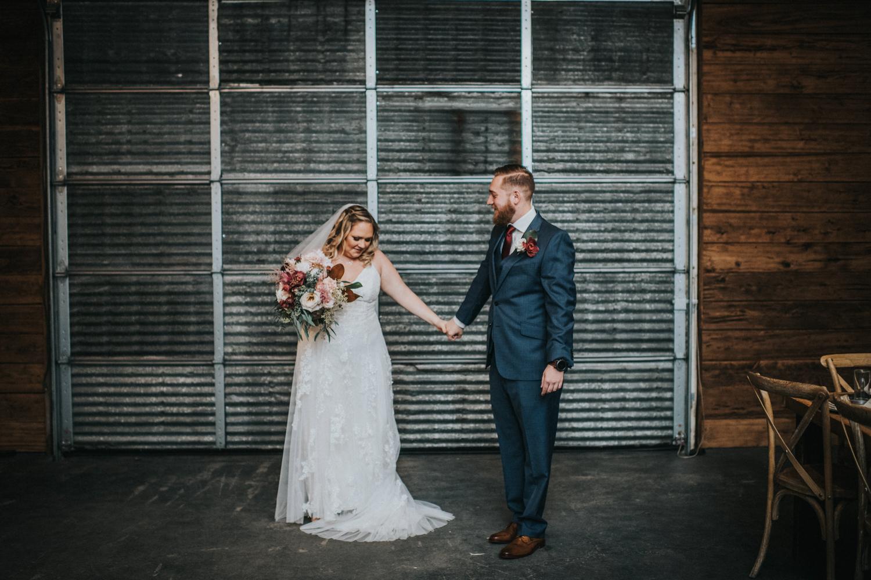 Cecil-Creek-Farm-Wedding-Jenna-Lynn-Photography-LauraJoe-FirstLook-8.jpg