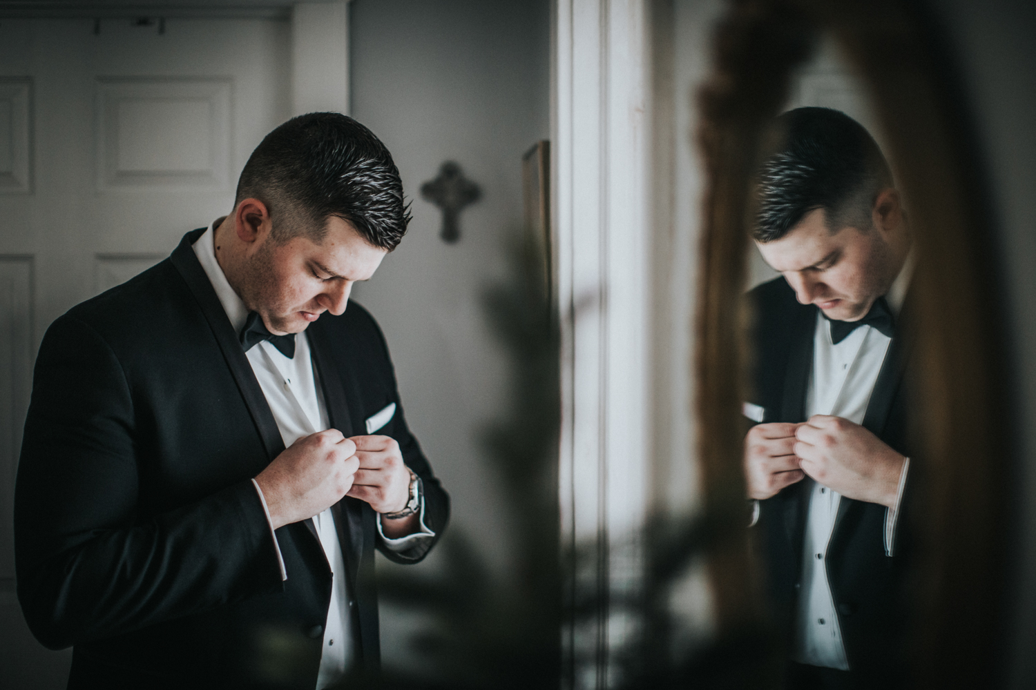 The-Mansion-NJ-Wedding-Jenna-Lynn-Photography-BriannaJimmy-GettingReady-1.jpg