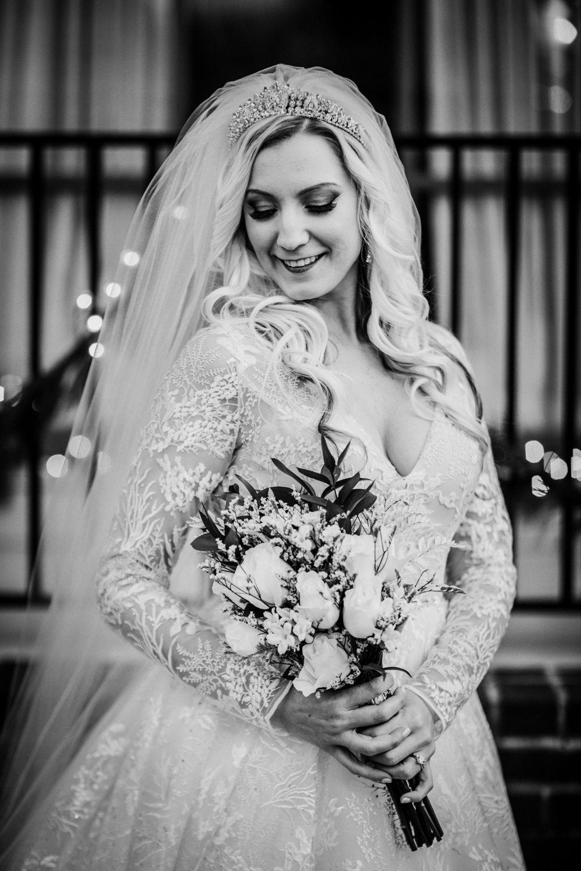 Marian-House-NJ-Wedding-JennaLynnPhotography-AliPaul-BrideGromBW-18.jpg