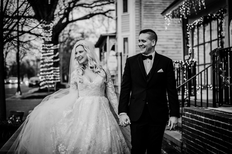 Marian-House-NJ-Wedding-JennaLynnPhotography-AliPaul-BrideGromBW-32.jpg