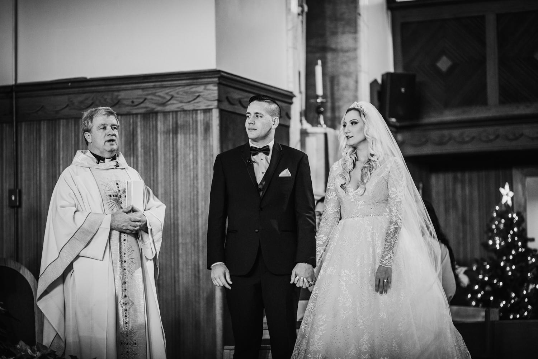 Marian-House-NJ-Wedding-JennaLynnPhotography-AliPaul-CeremonyBW-100.jpg