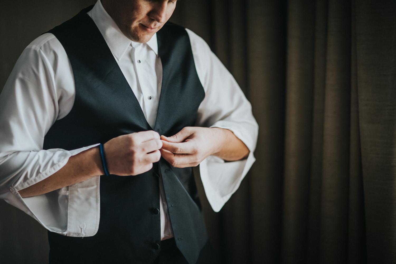 Marian-House-NJ-Wedding-JennaLynnPhotography-AliPaul-GettingReady-8.jpg