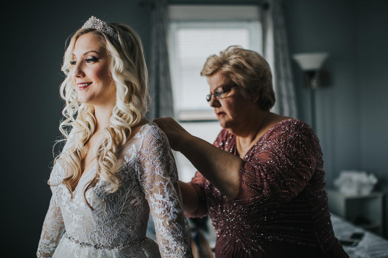 Marian-House-NJ-Wedding-JennaLynnPhotography-AliPaul-GettingReady-67.jpg