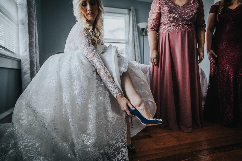 Marian-House-NJ-Wedding-JennaLynnPhotography-AliPaul-GettingReady-81.jpg