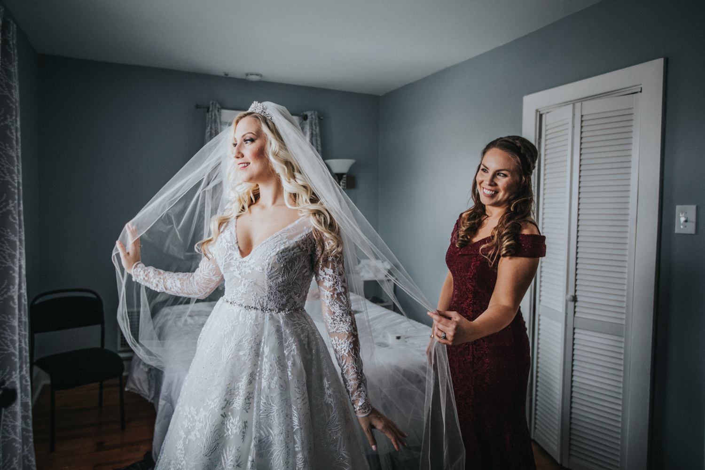 Marian-House-NJ-Wedding-JennaLynnPhotography-AliPaul-GettingReady-88.jpg