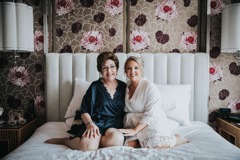 New-Jersey-Wedding-Photographer-JennaLynnPhotography-Wedding-Cescaphe-Ballroom-Philadelphia-Wedding-Blog-33.jpg
