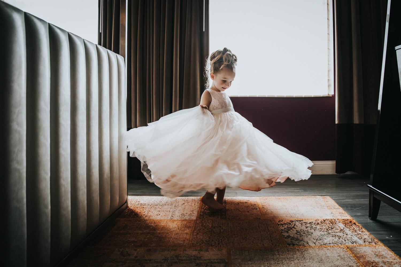 New-Jersey-Wedding-Photographer-JennaLynnPhotography-Wedding-Cescaphe-Ballroom-Philadelphia-Wedding-Blog-34.jpg