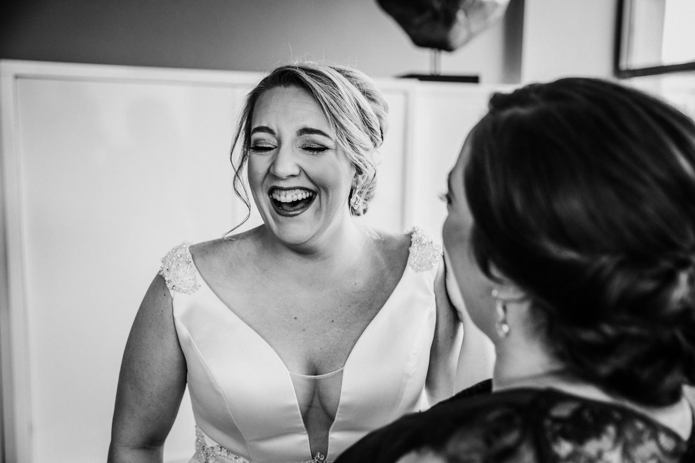 New-Jersey-Wedding-Photographer-JennaLynnPhotography-Wedding-Cescaphe-Ballroom-Philadelphia-Wedding-Blog-41.jpg