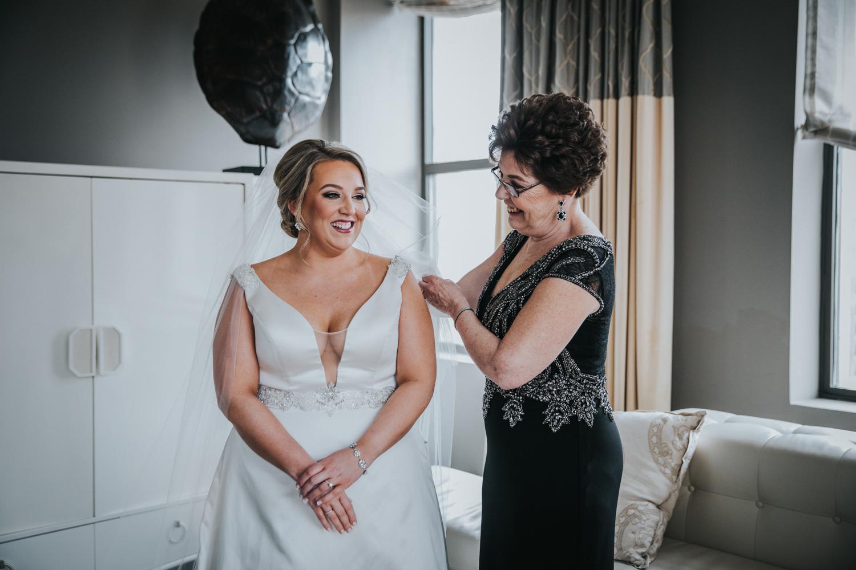 New-Jersey-Wedding-Photographer-JennaLynnPhotography-Wedding-Cescaphe-Ballroom-Philadelphia-Wedding-Blog-48.jpg