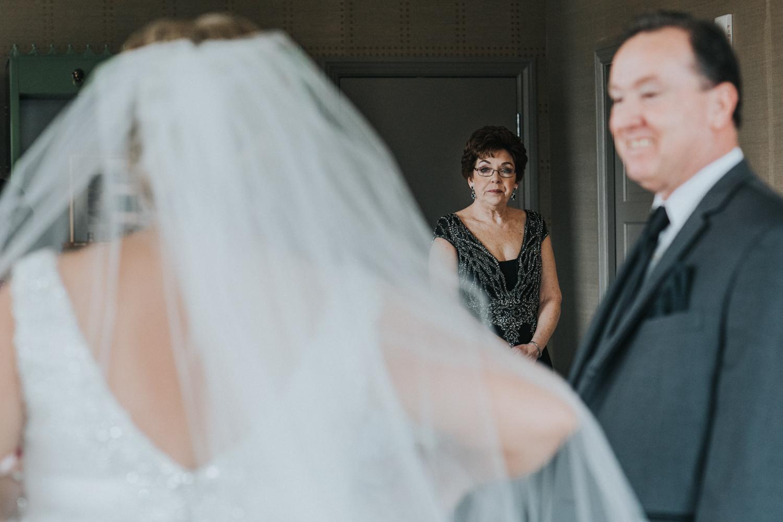 New-Jersey-Wedding-Photographer-JennaLynnPhotography-Wedding-Cescaphe-Ballroom-Philadelphia-Wedding-Blog-50.jpg
