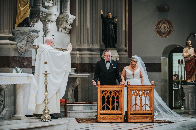 New-Jersey-Wedding-Photographer-JennaLynnPhotography-Wedding-Cescaphe-Ballroom-Philadelphia-Wedding-Blog-96.jpg